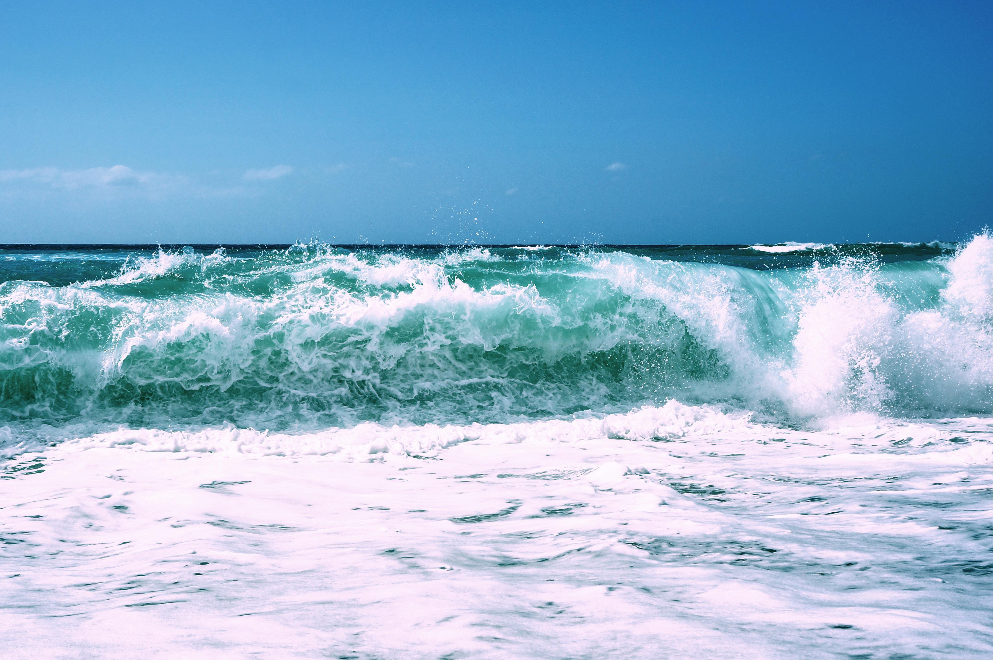 Картинки для скачивания у моря в печали сегодняшней статье