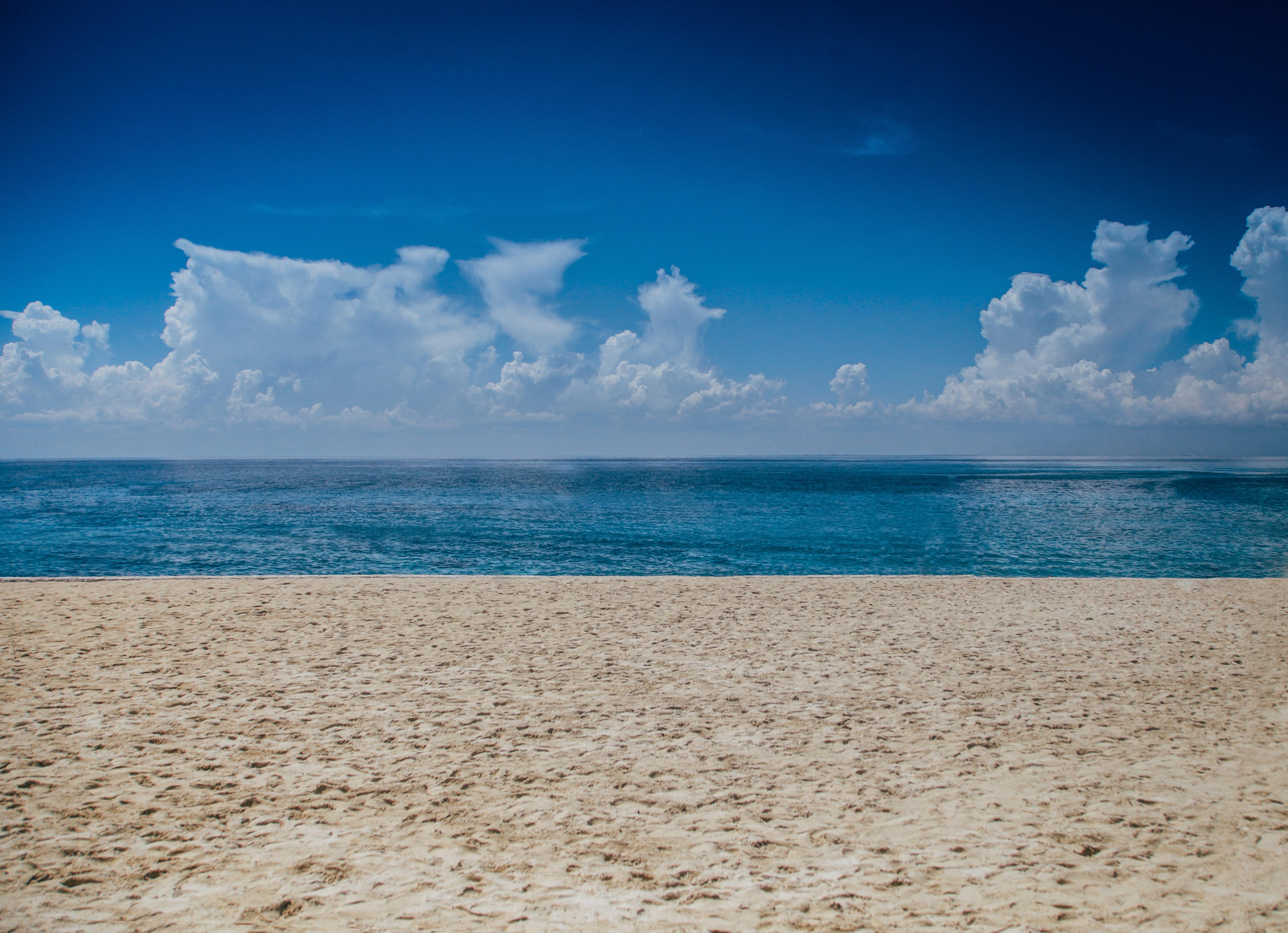 природа море горизонт небо облака пляж берег отдых nature sea horizon the sky clouds beach shore rest  № 821535 бесплатно