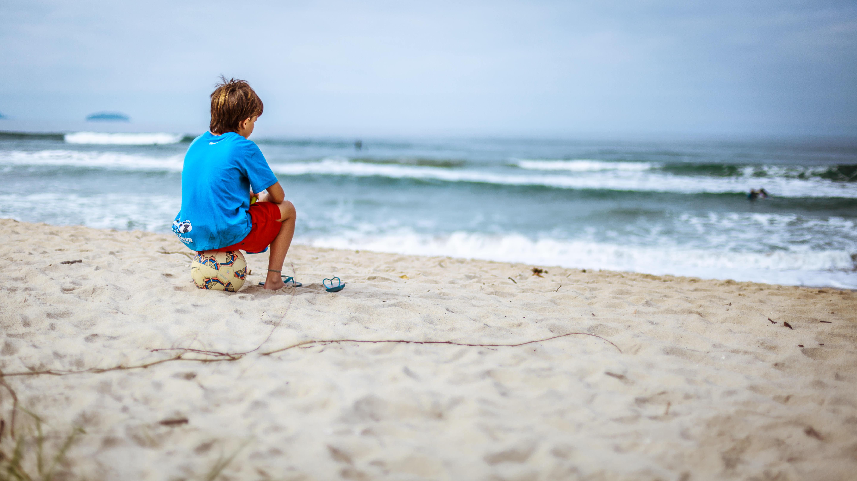 этих картинки берег моря малыши удобные для вас