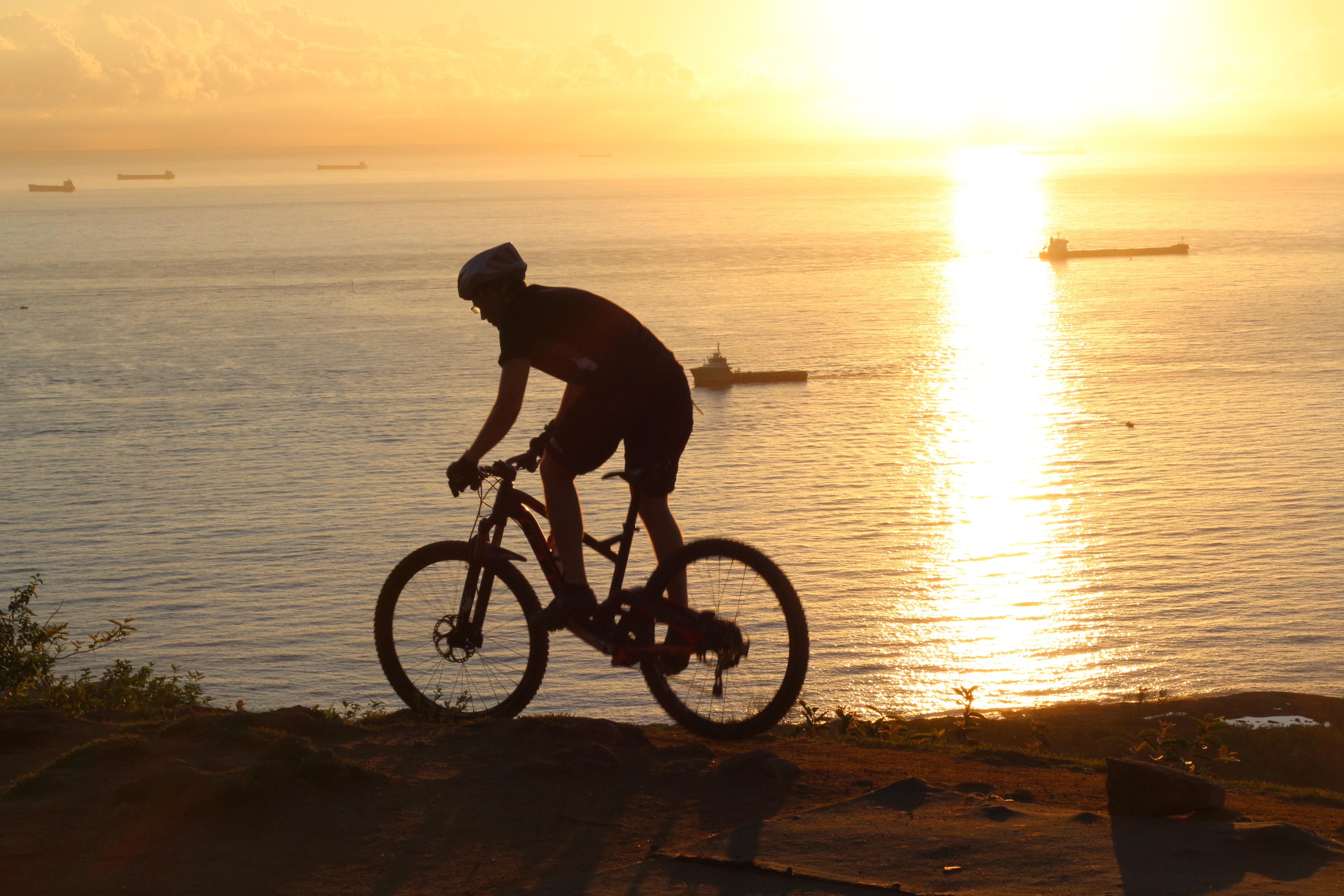 Bike Equipment Evening Sport Sunrise Enduro Pxhere Mtb Cycling Mountain Bicycle Beach Free Morning Sports 600618 Pilot Photos Images Sea Stock Vehicle Sunset - Sol Ride Mar Allmountain 5184x3456