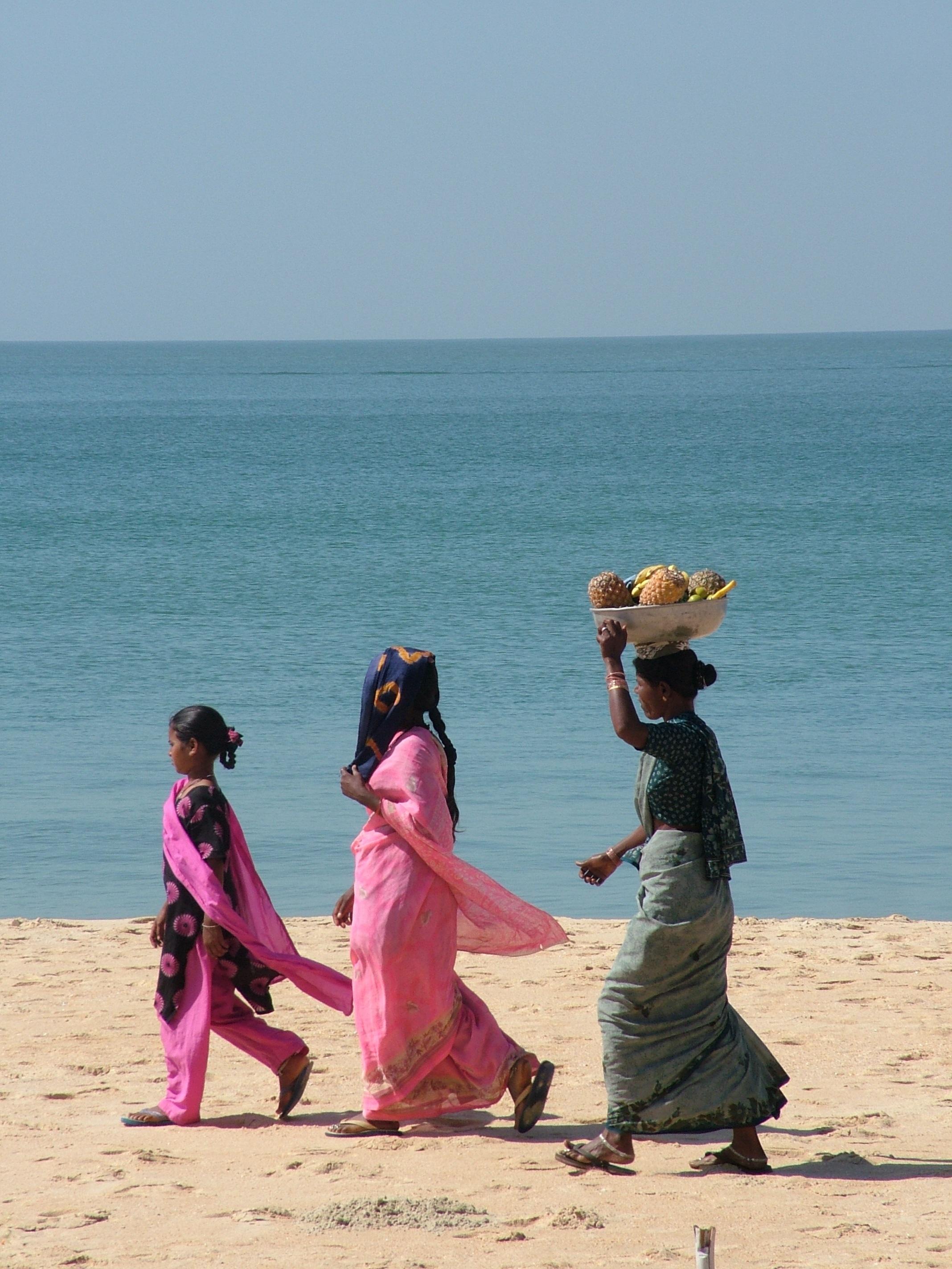 pantai laut air alam pasir lautan orang orang wanita buah liburan perjalanan liburan Candi wanita