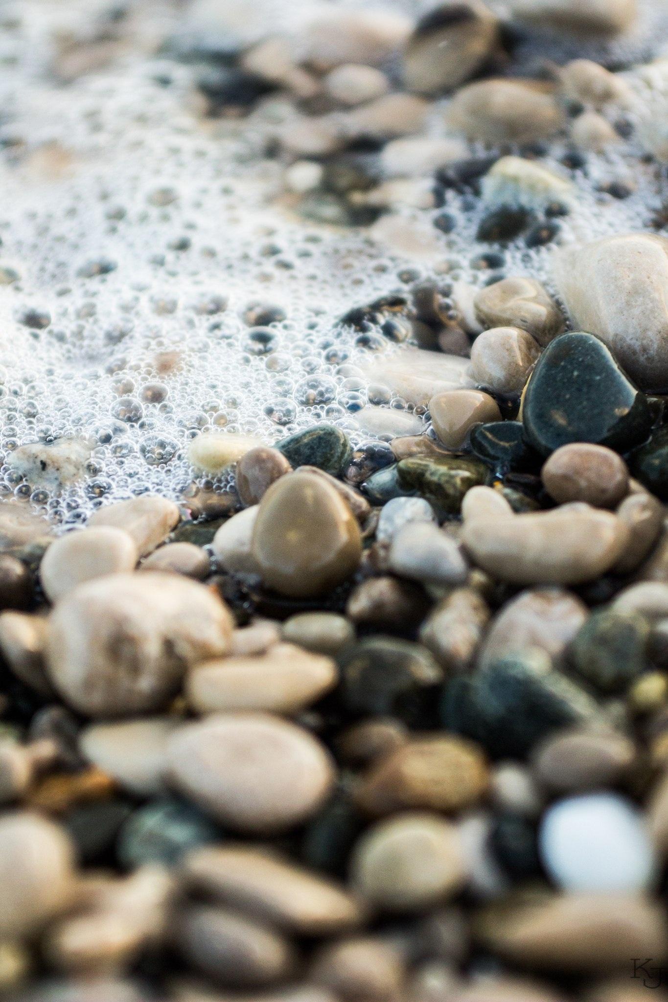 фото белых камней у воды трансляцию премии муз