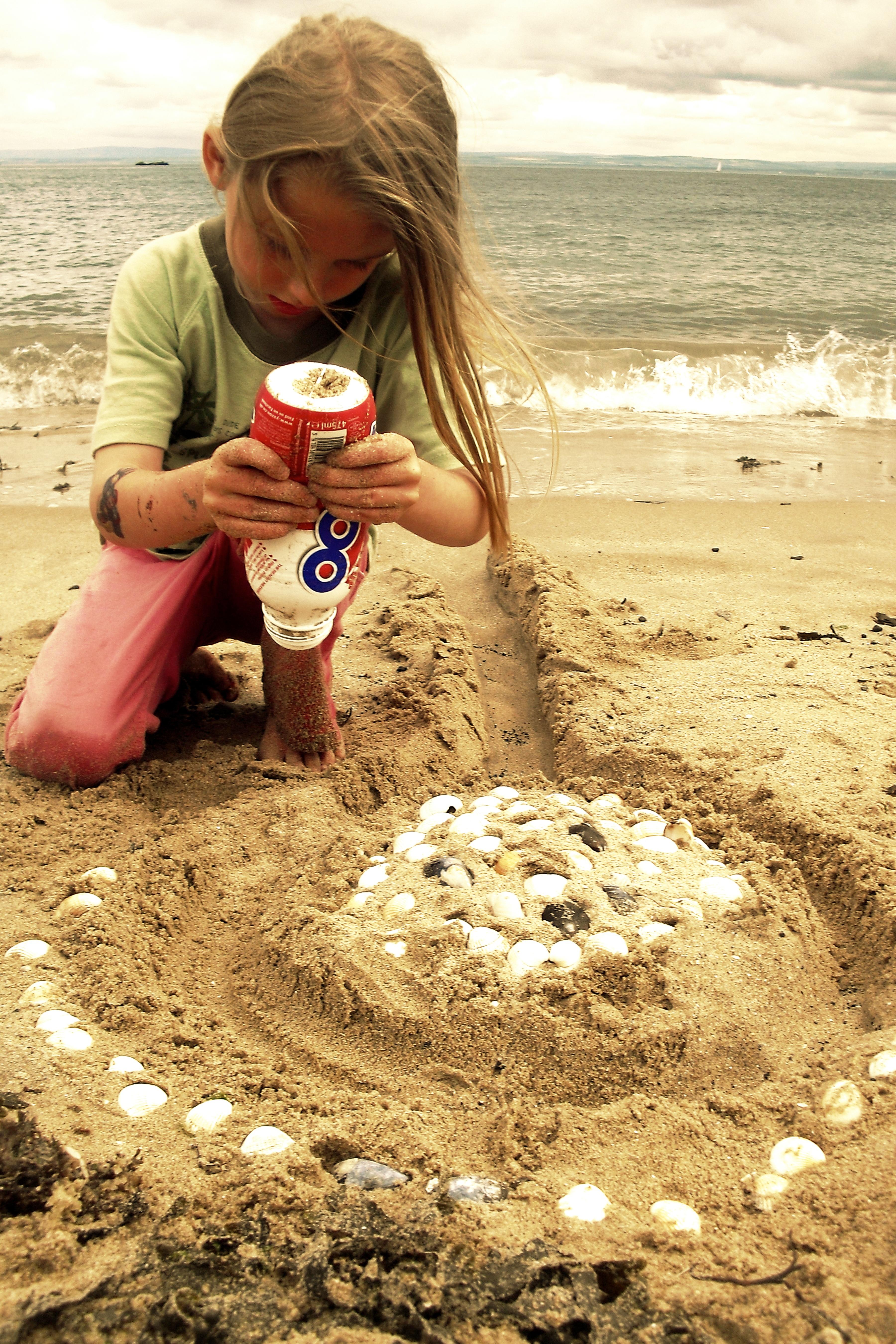 игры на песке с картинками знают языков, отличие