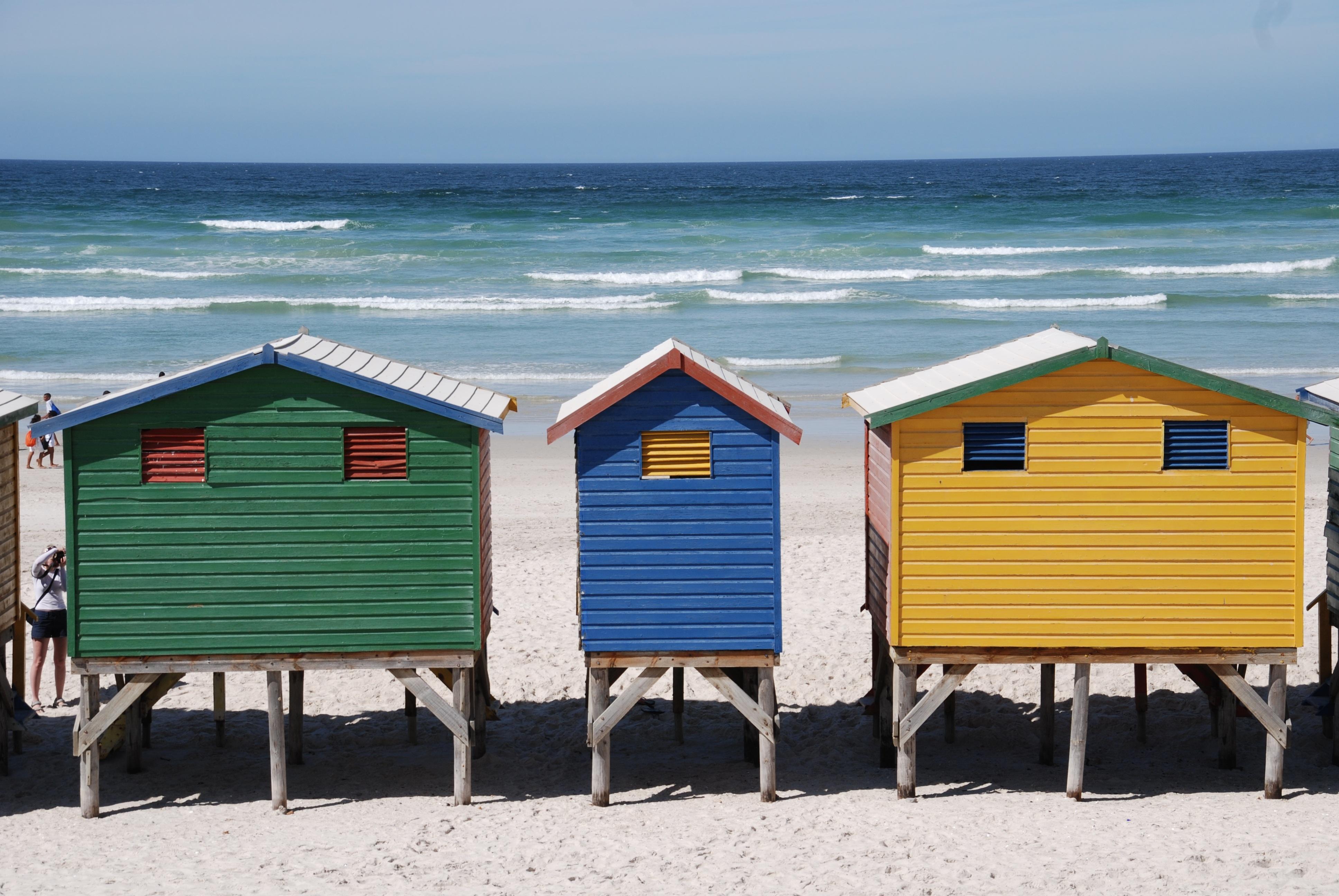 Fotos gratis mar agua madera choza caba a azul - Cabanas en la playa ...