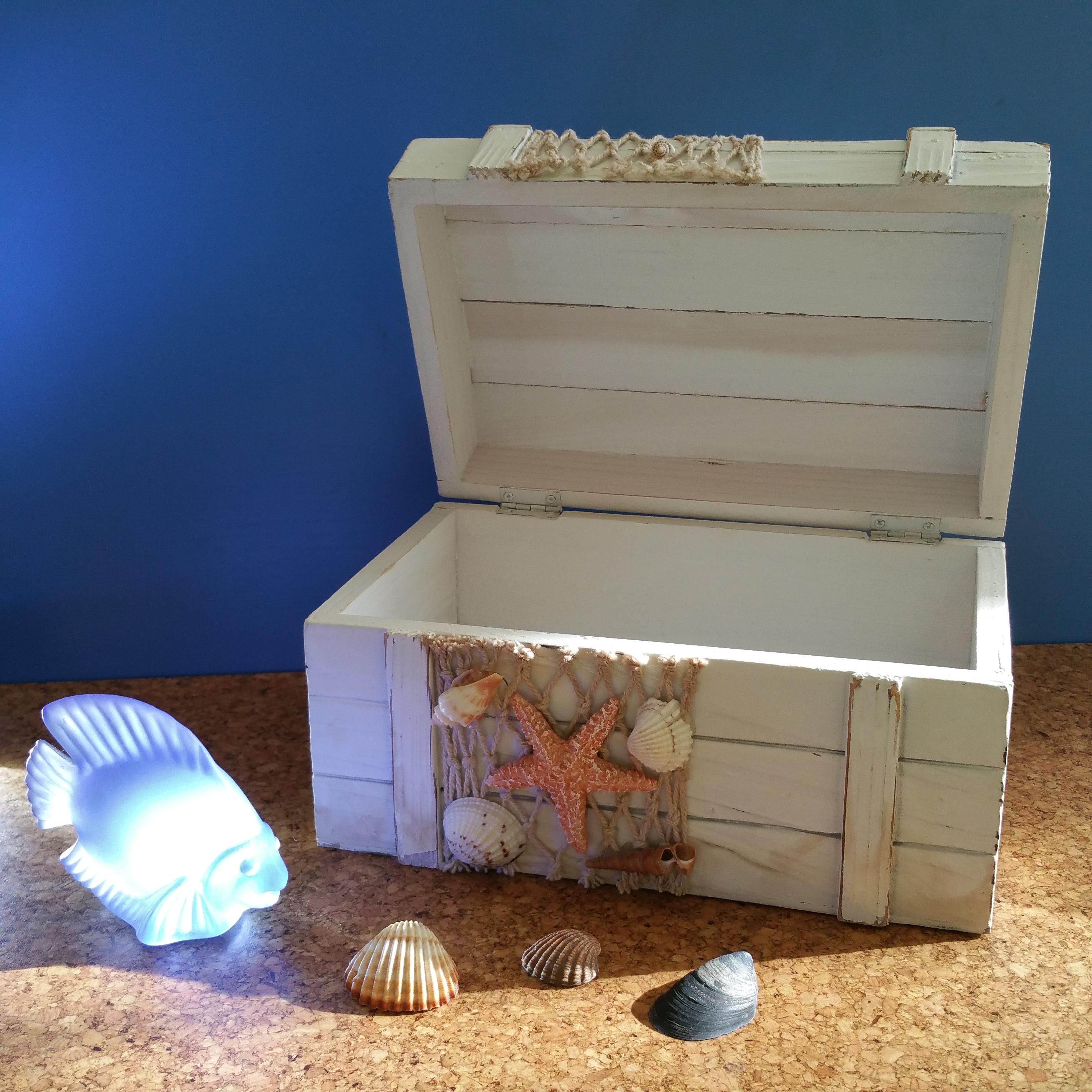 Kostenlose foto : Strand, Holz, Urlaub, Möbel, Fisch, Schale, Brust ...
