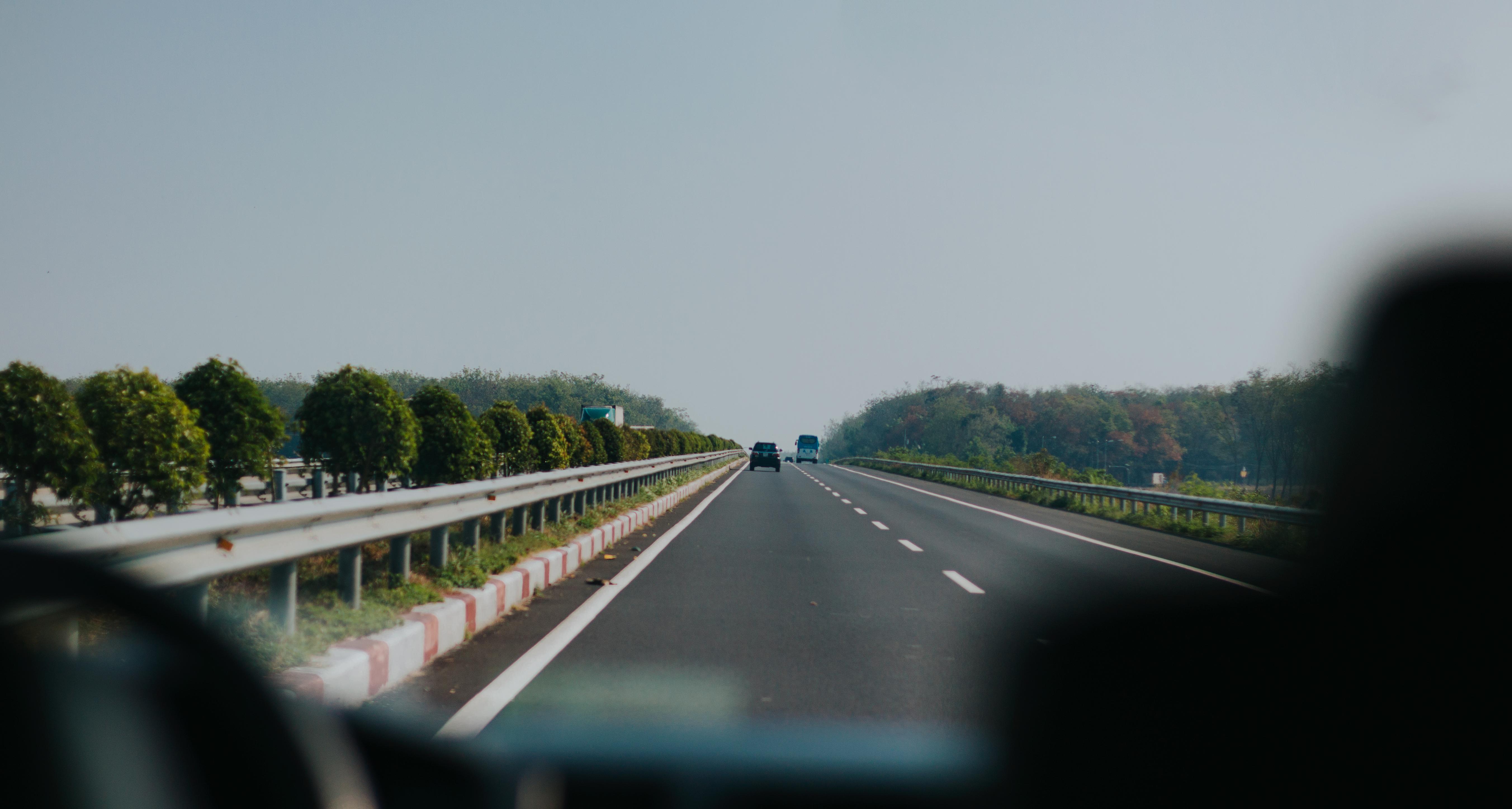 61+ Gambar Pemandangan Jalan Raya Kartun Kekinian