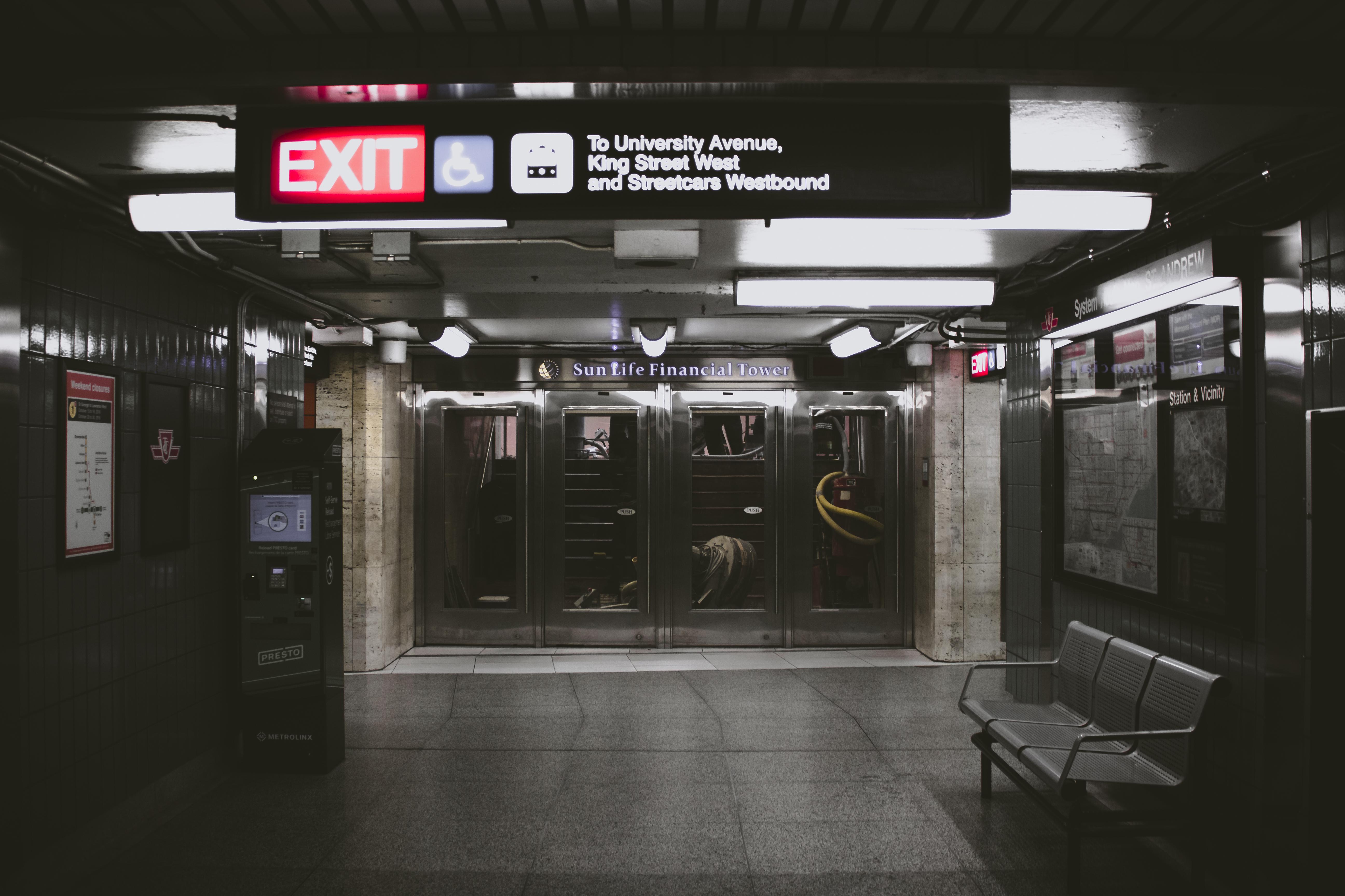 Stehlen Design kostenlose foto bank glas reise dunkel stehlen transport