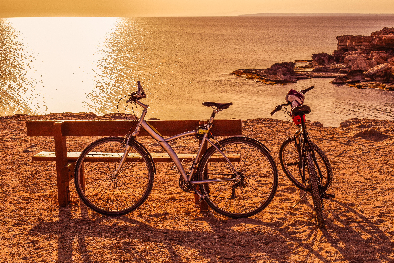 По городу на велосипеде картинки опубликованных снимках