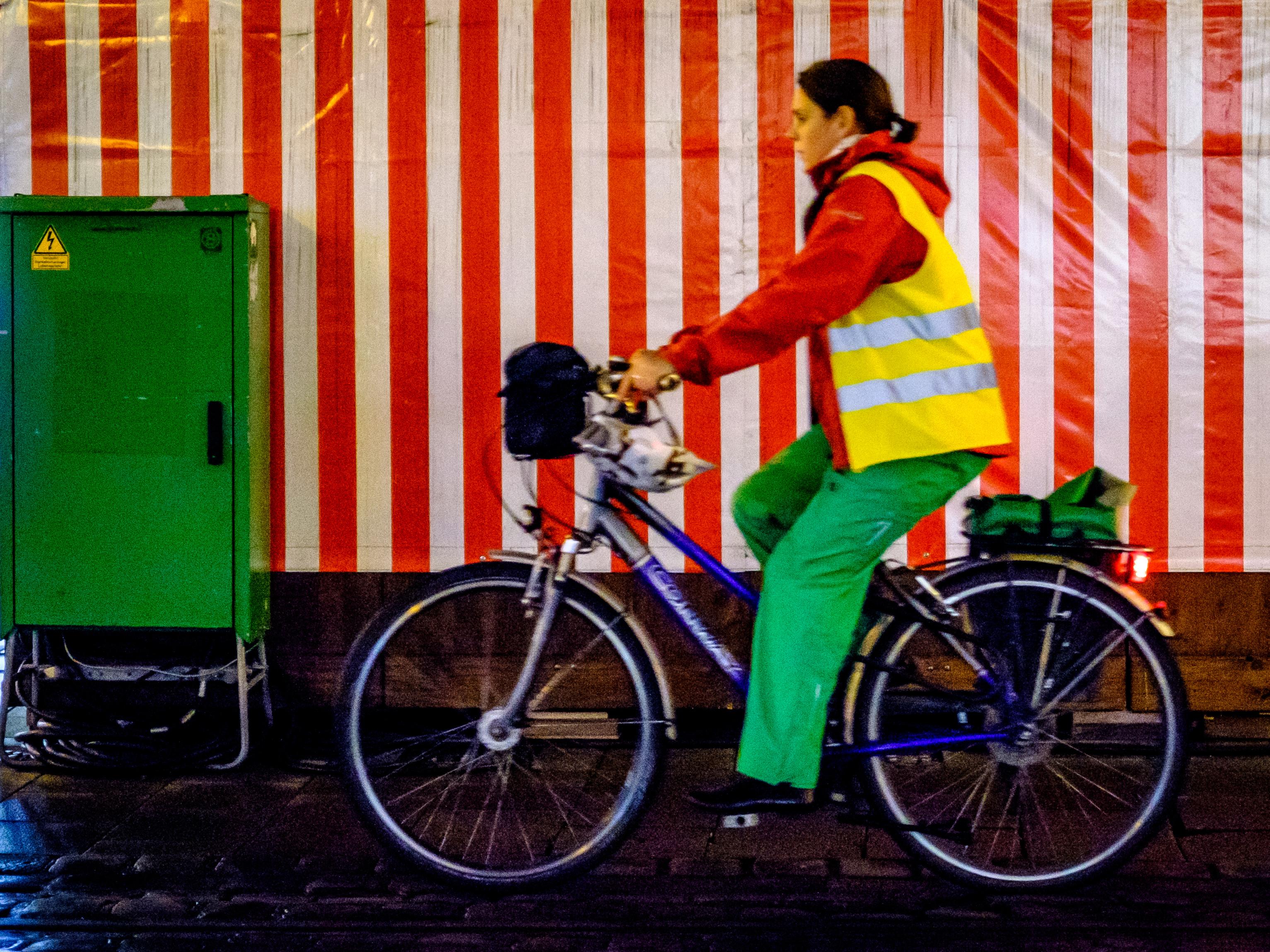 hình ảnh : Xe đạp, màu, thiết bị thể thao, đạp xe, Xe đất 3066x2300
