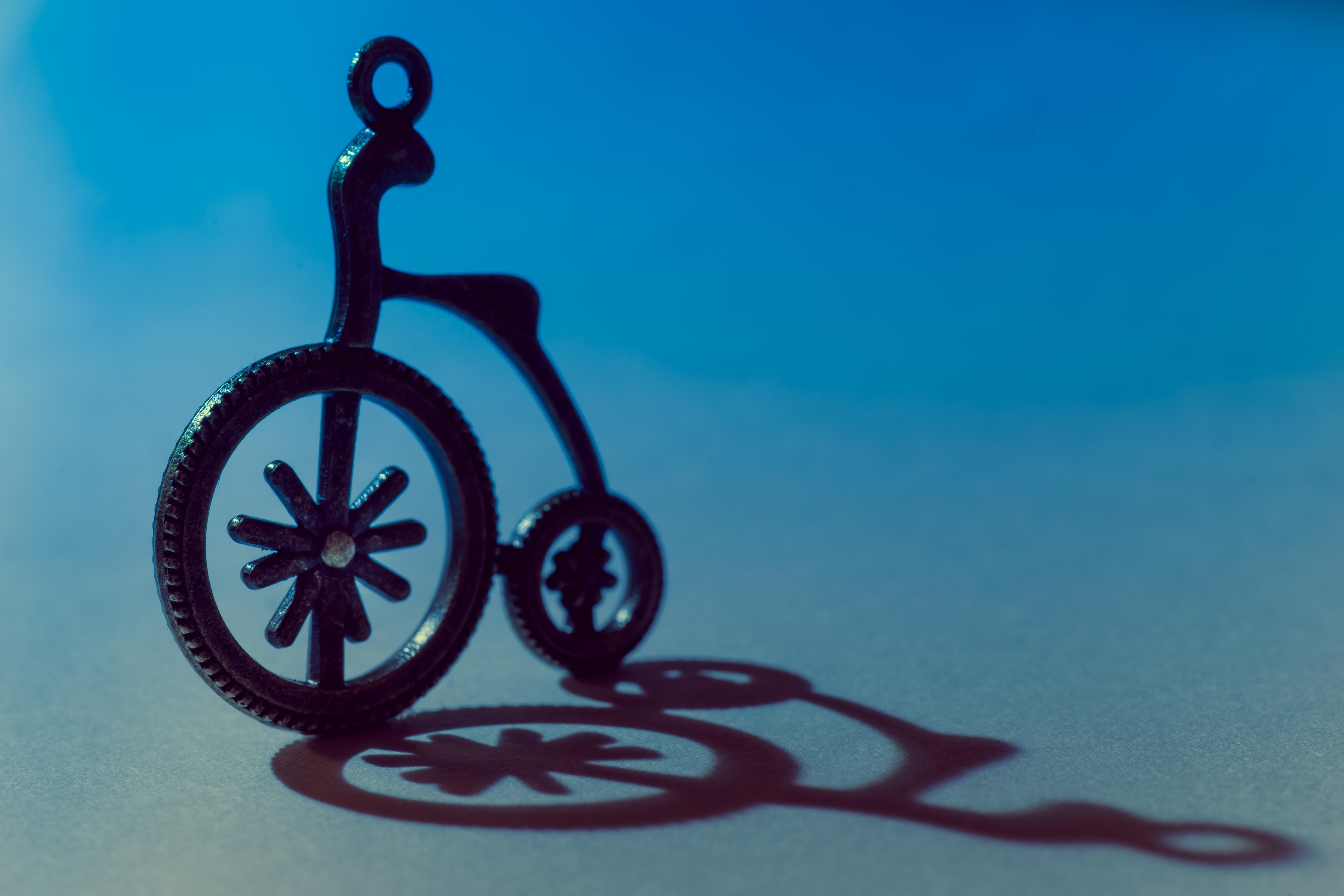 Kostenlose foto : Fahrrad, Fahrzeug, Schatten, blau, Kreis ...