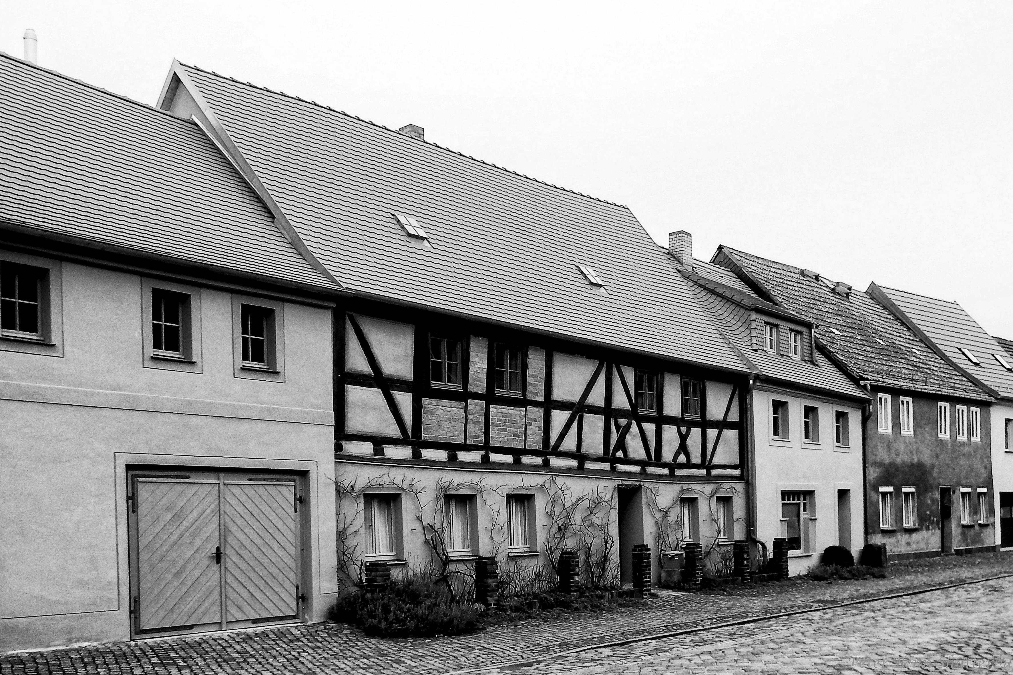 Fotos gratis : en blanco y negro, arquitectura, casa, edificio, bar ...