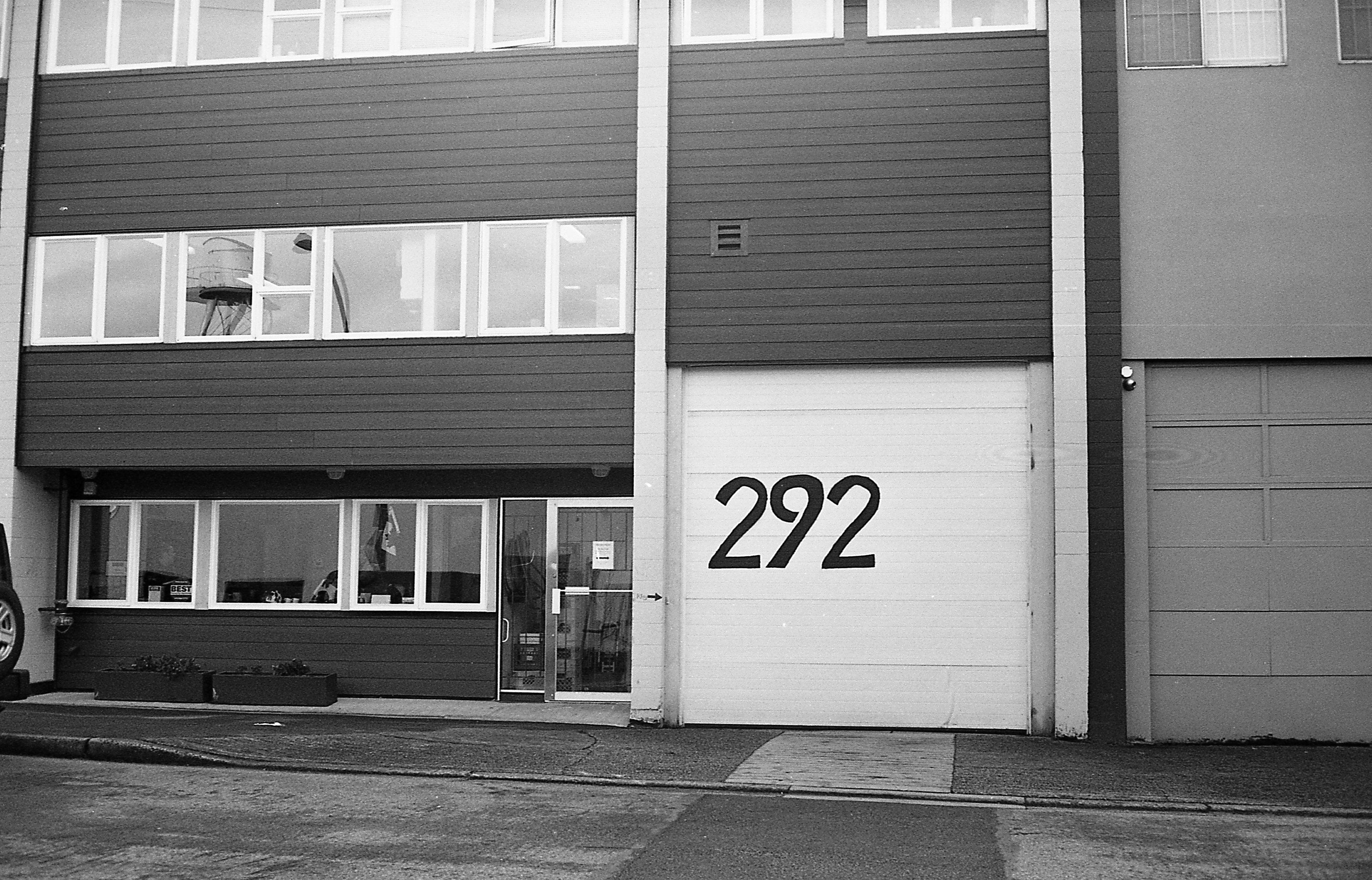 Garage gestalten  Kostenlose foto : Schwarz und weiß, die Architektur, Straße, Weiß ...