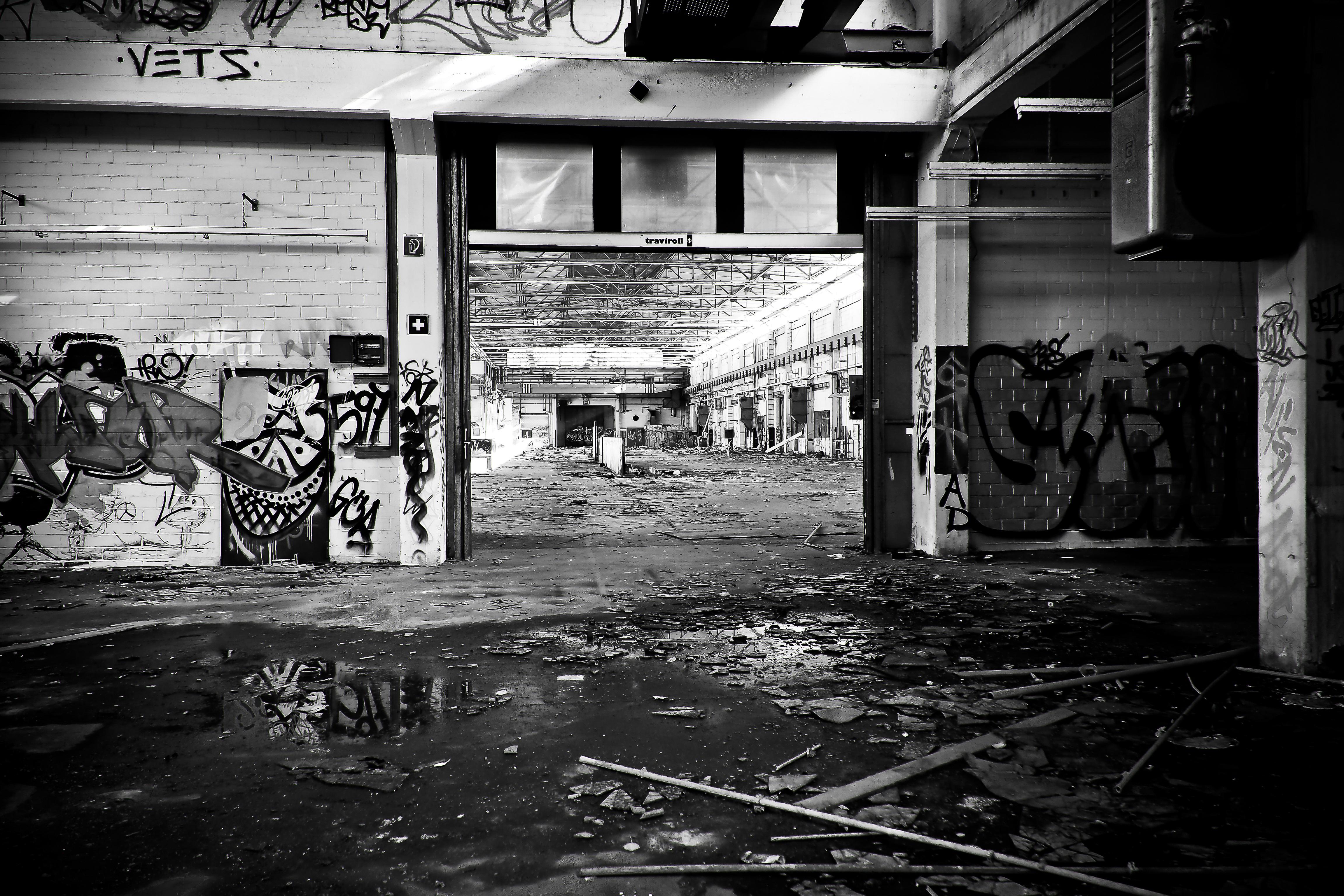 стойкие изображния фотографии граффити черно белые них