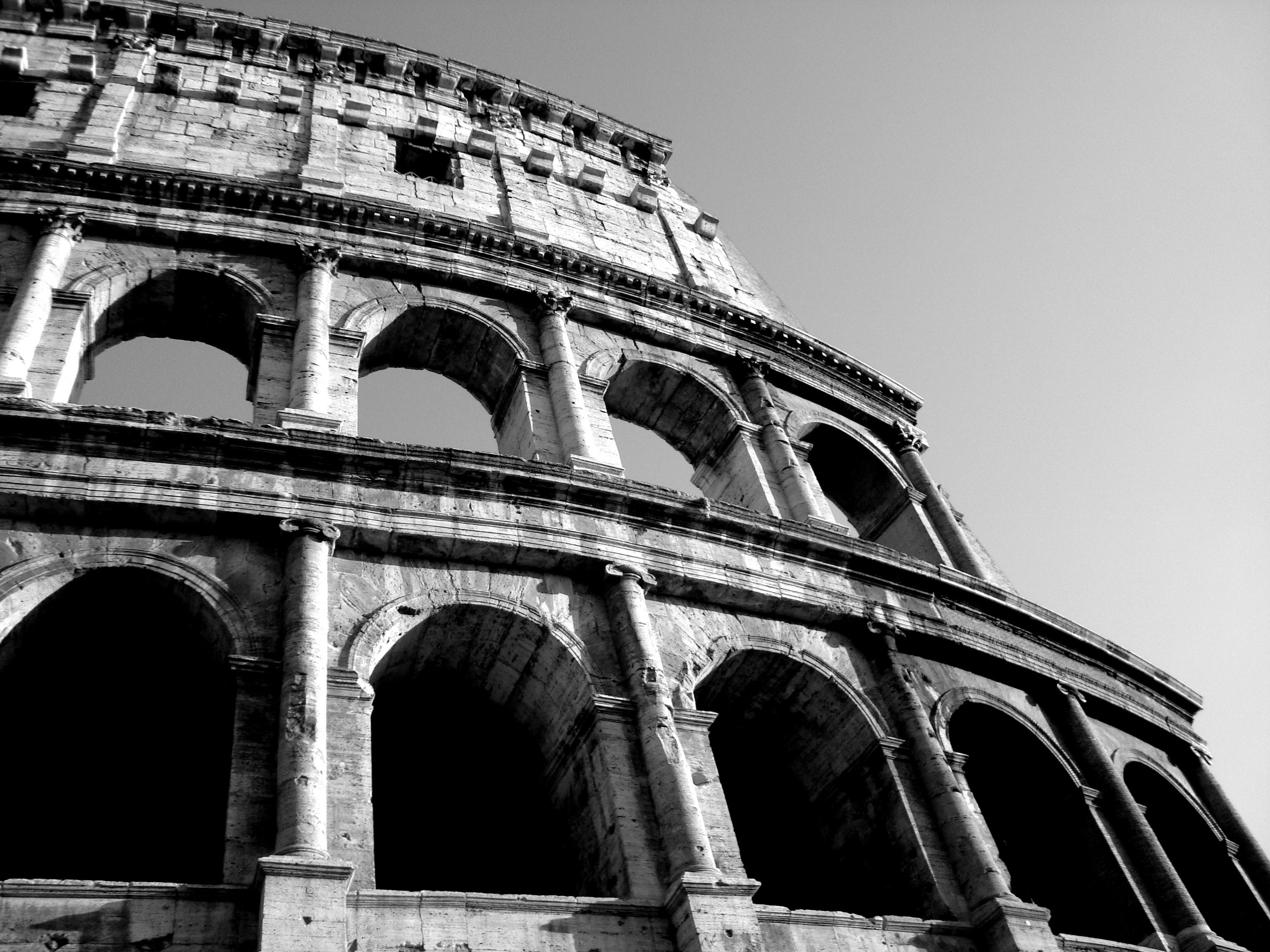 Рим черно-белая картинка длинная белая