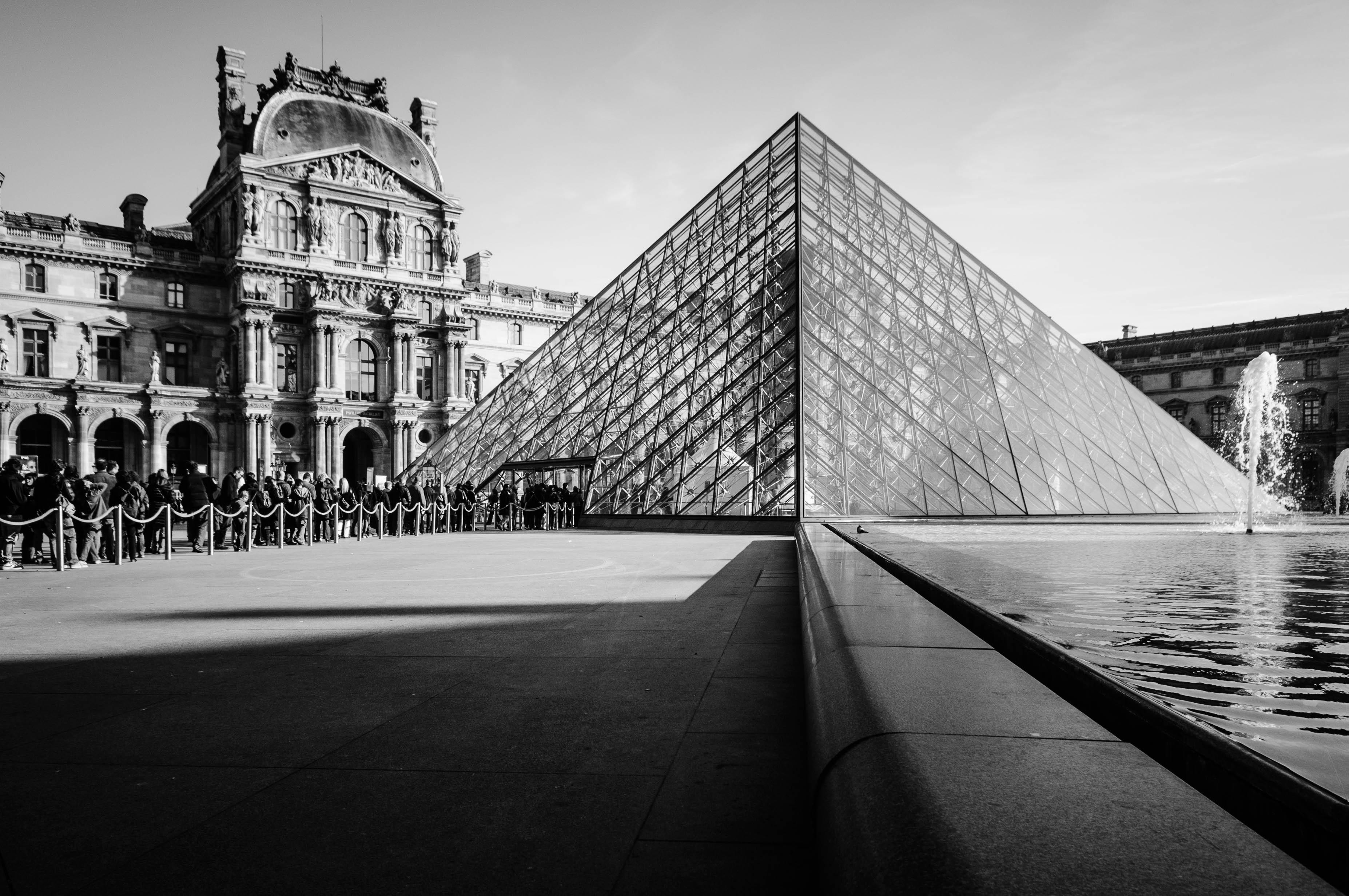 france louvre pyramid paris architecture glass building landmark facade skyscraper monochrome architect cityscape monument symmetry shape land supreme court law