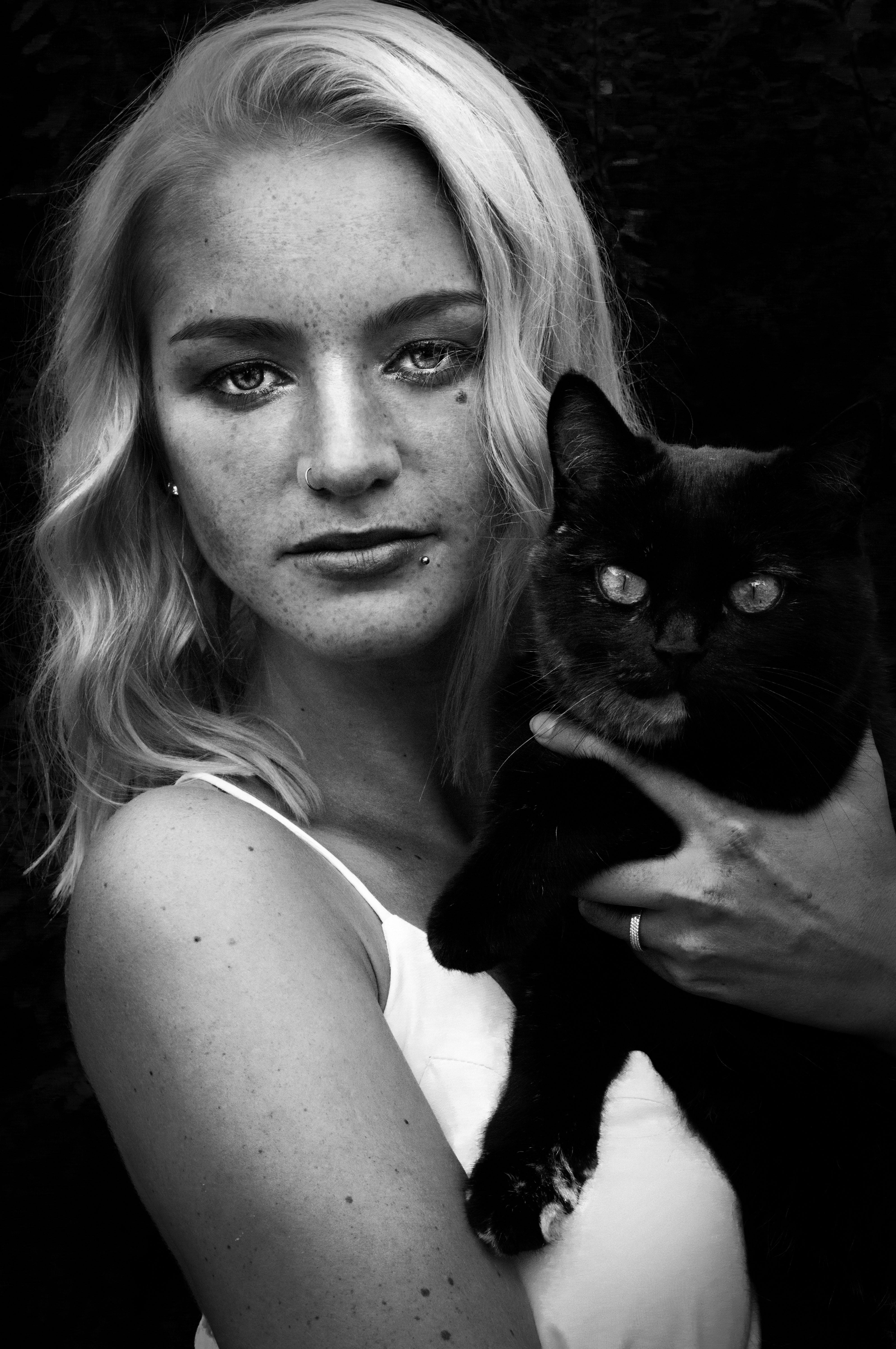 černá weman kočička