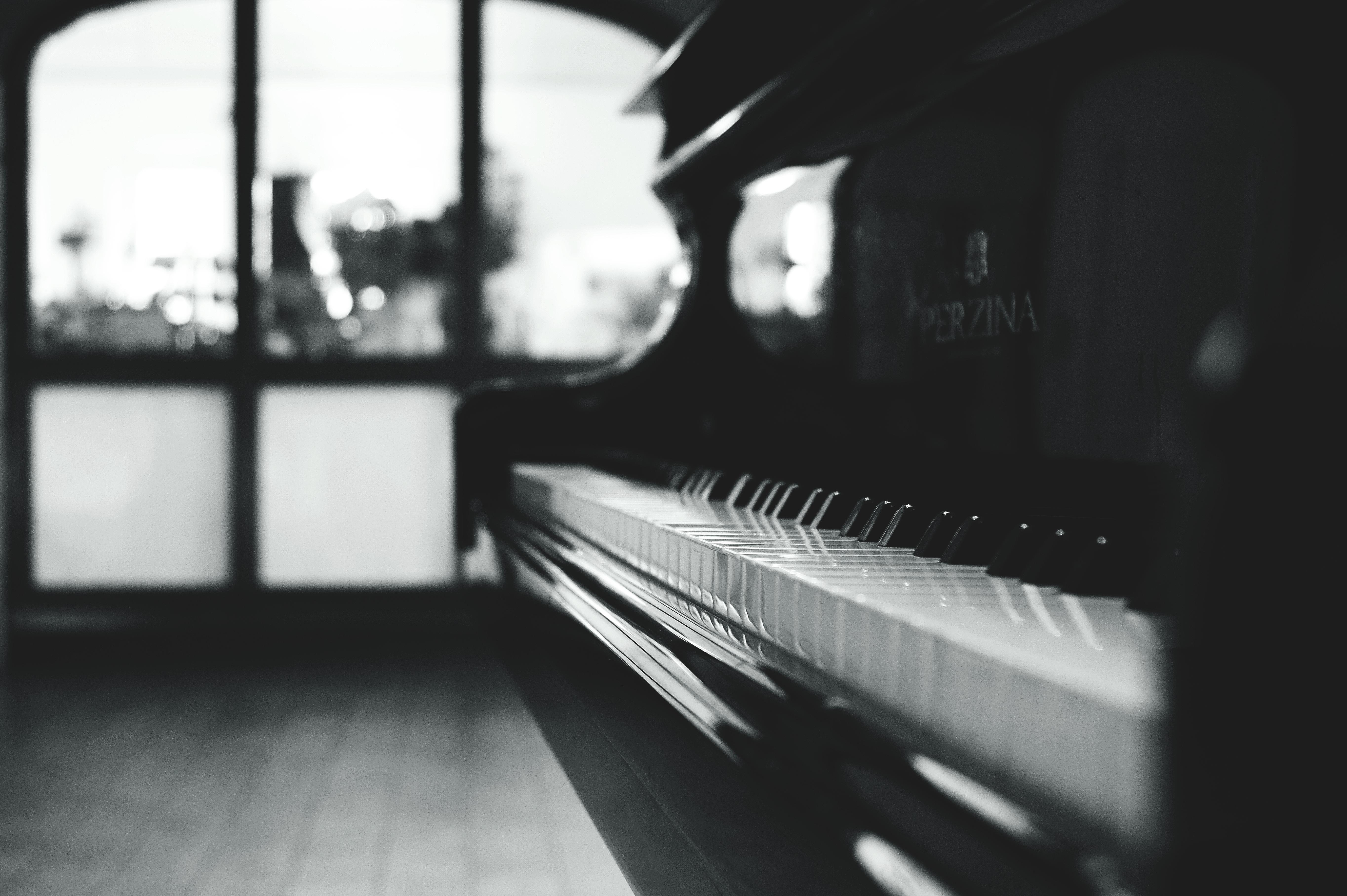 Immagini belle bianco e nero tastiera tecnologia for Strumento online gratuito piano piano