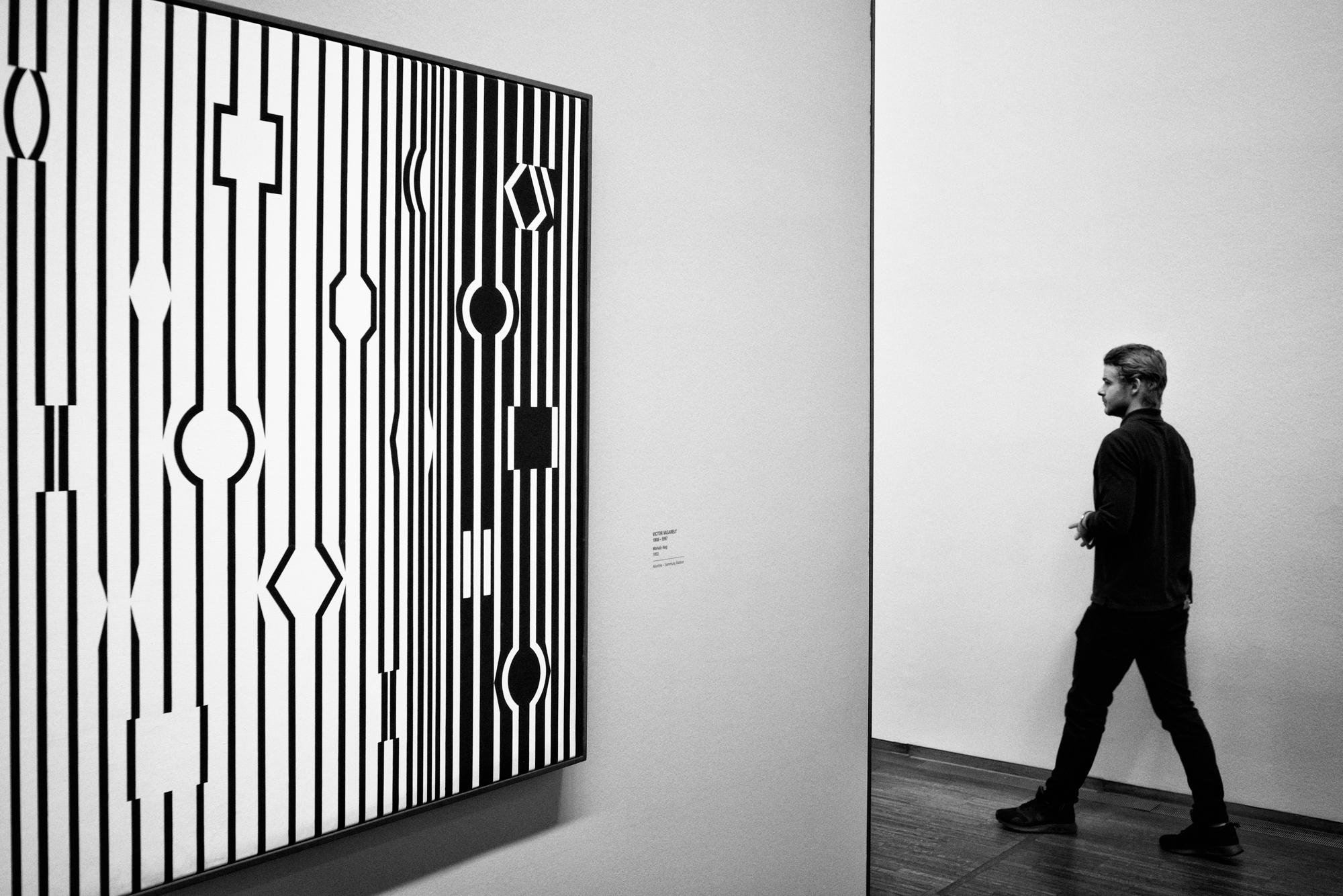 Hedendaags Gratis Afbeeldingen : zwart en wit, mensen, straat, muur MM-19