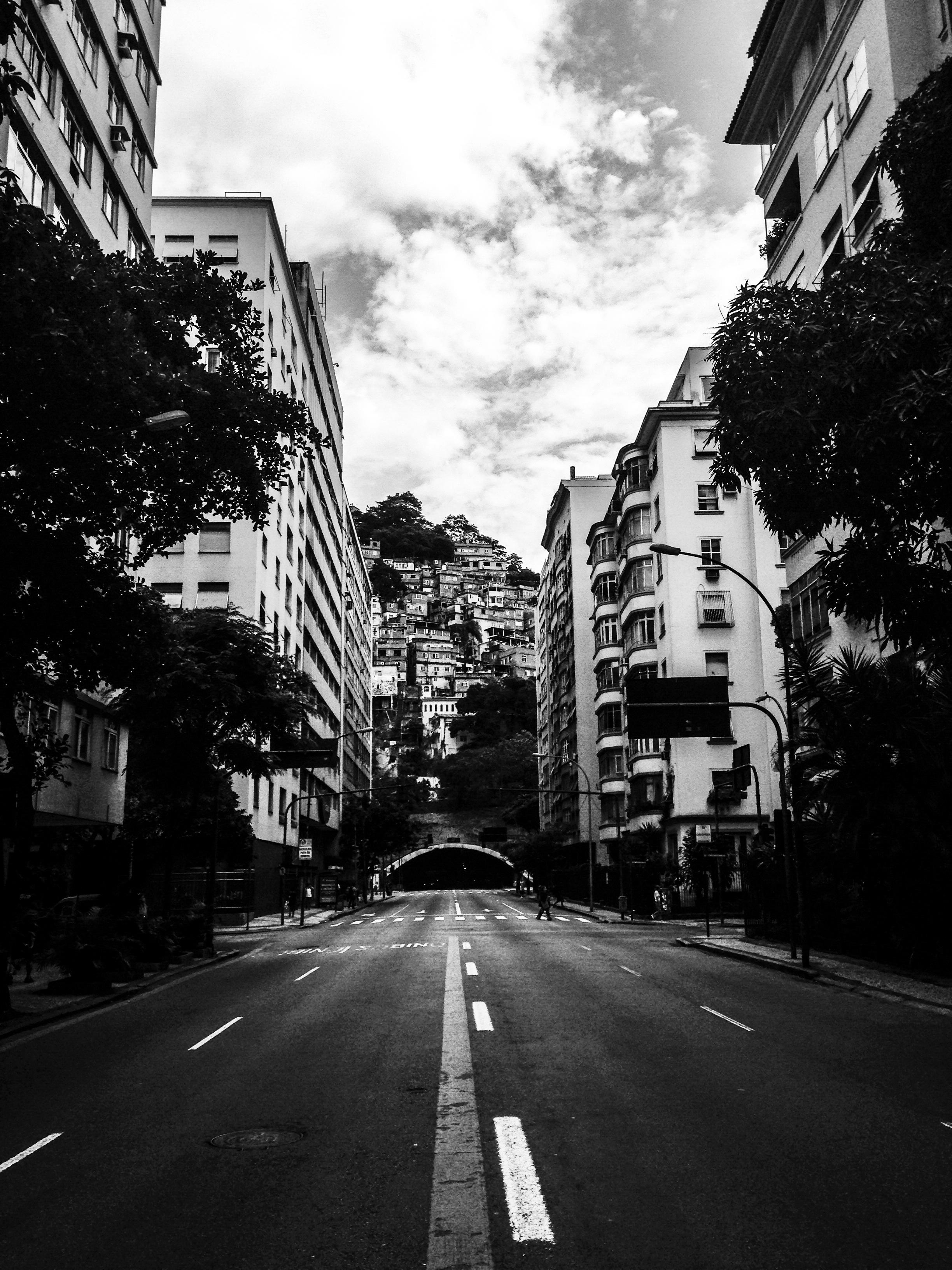 черно белое фото качественней чем цветное городскую общину любляна