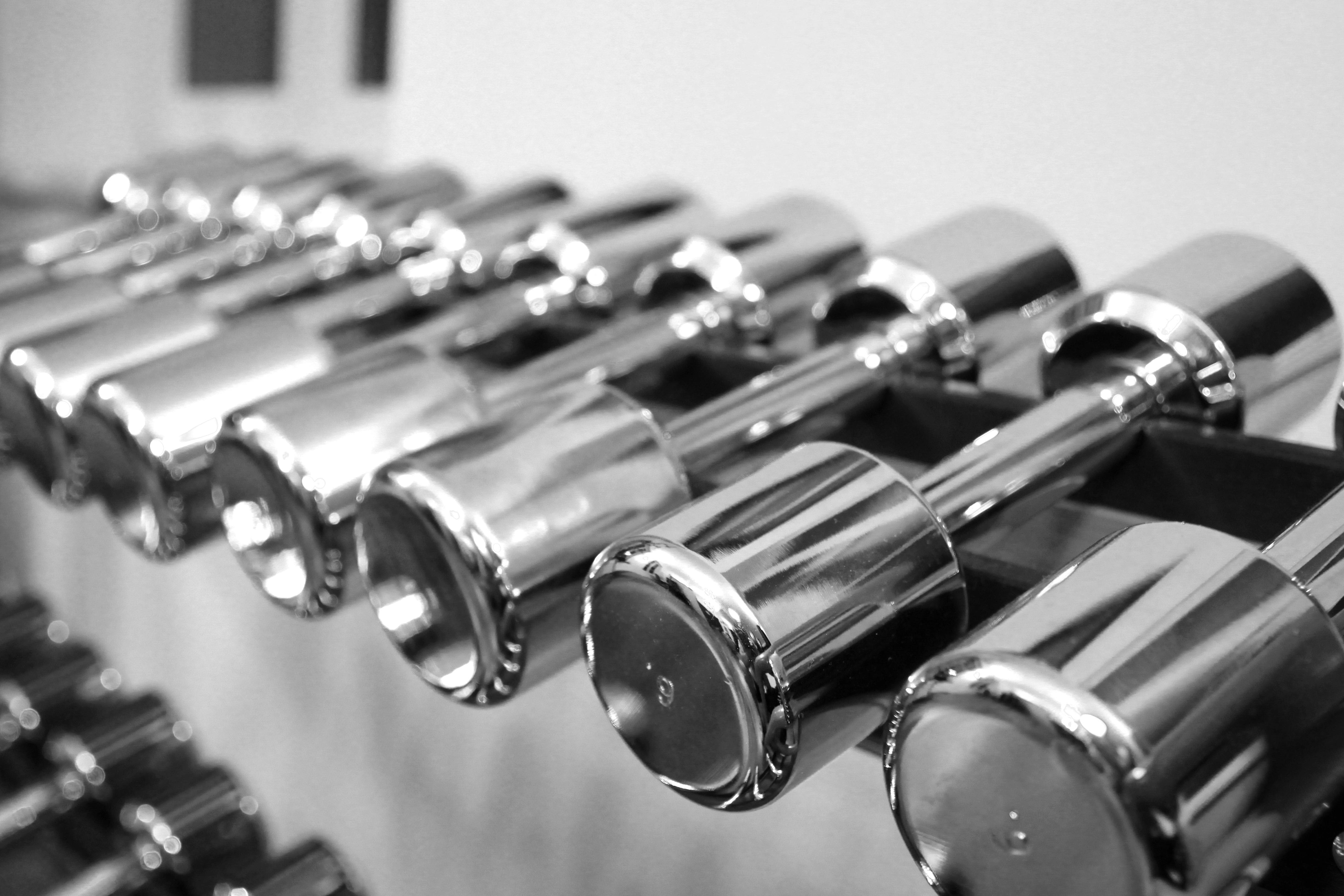 Gambar Hitam Dan Putih Olahraga Latihan Satu Warna Drum Alat Body Gym Pump Kebugaran Musik Building Halter Memaksa