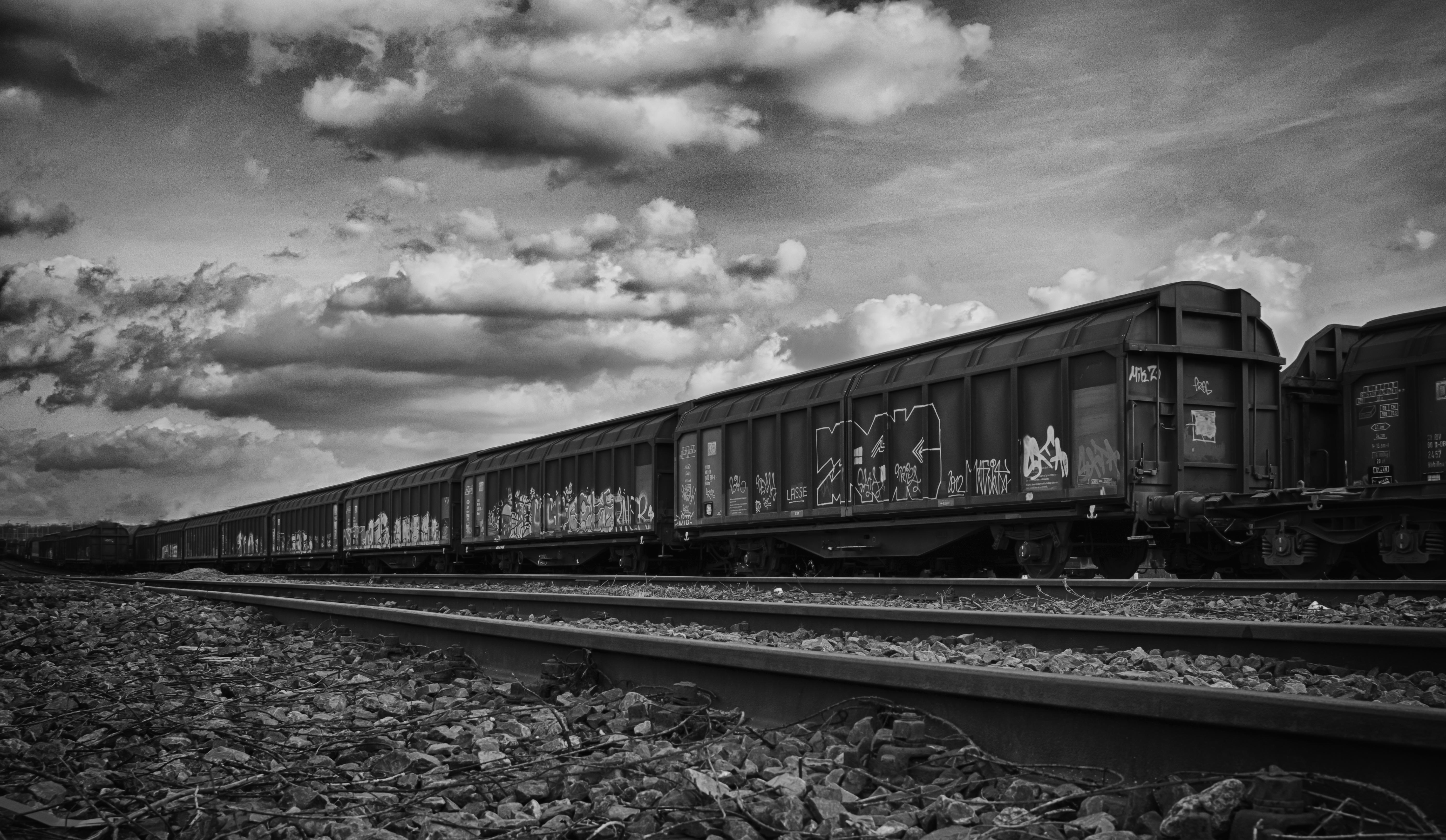 картинки о поездах и картинки про поездах зелёная окраска