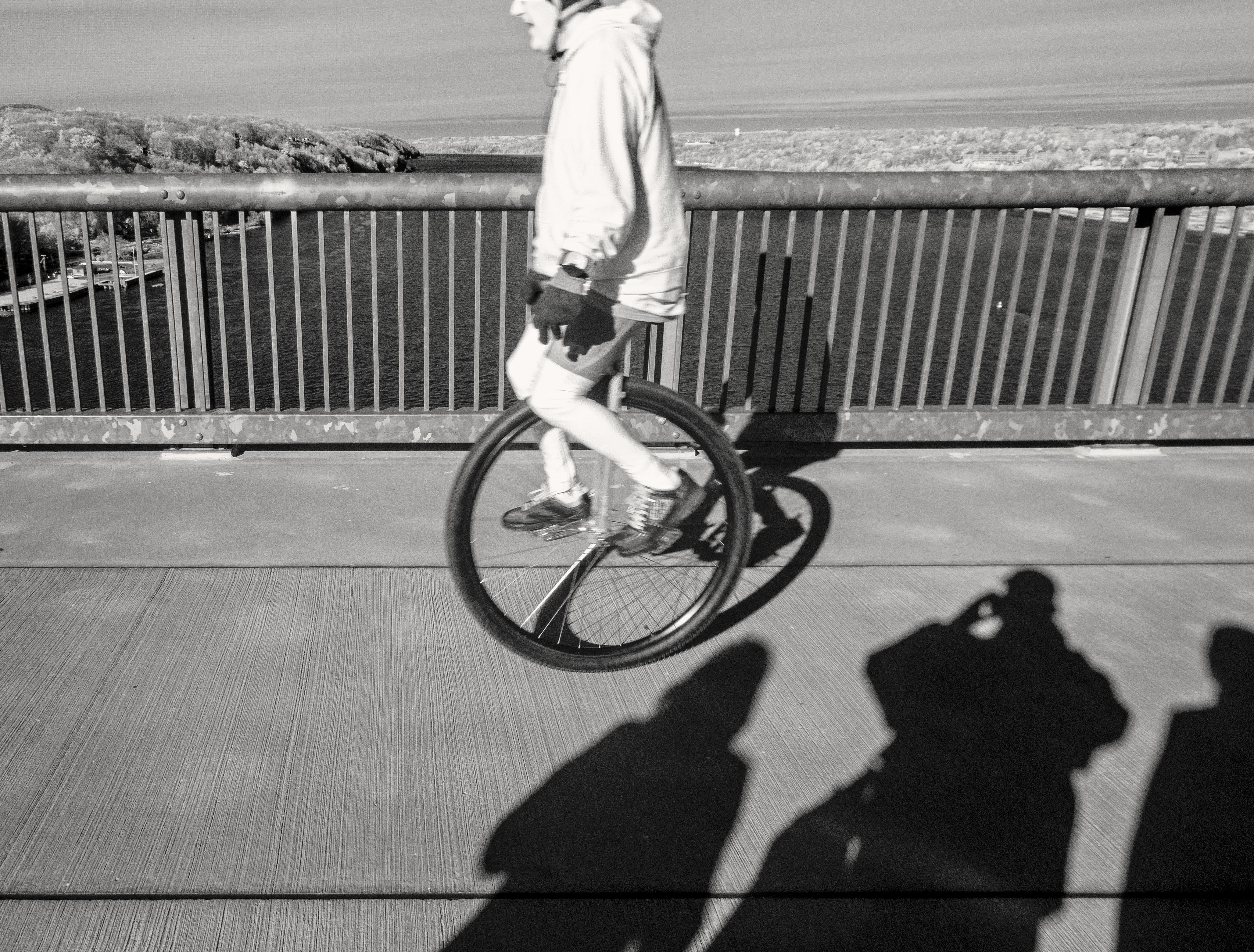 Kostenlose foto : Schwarz und weiß, Weiß, Fahrzeug, Schatten ...