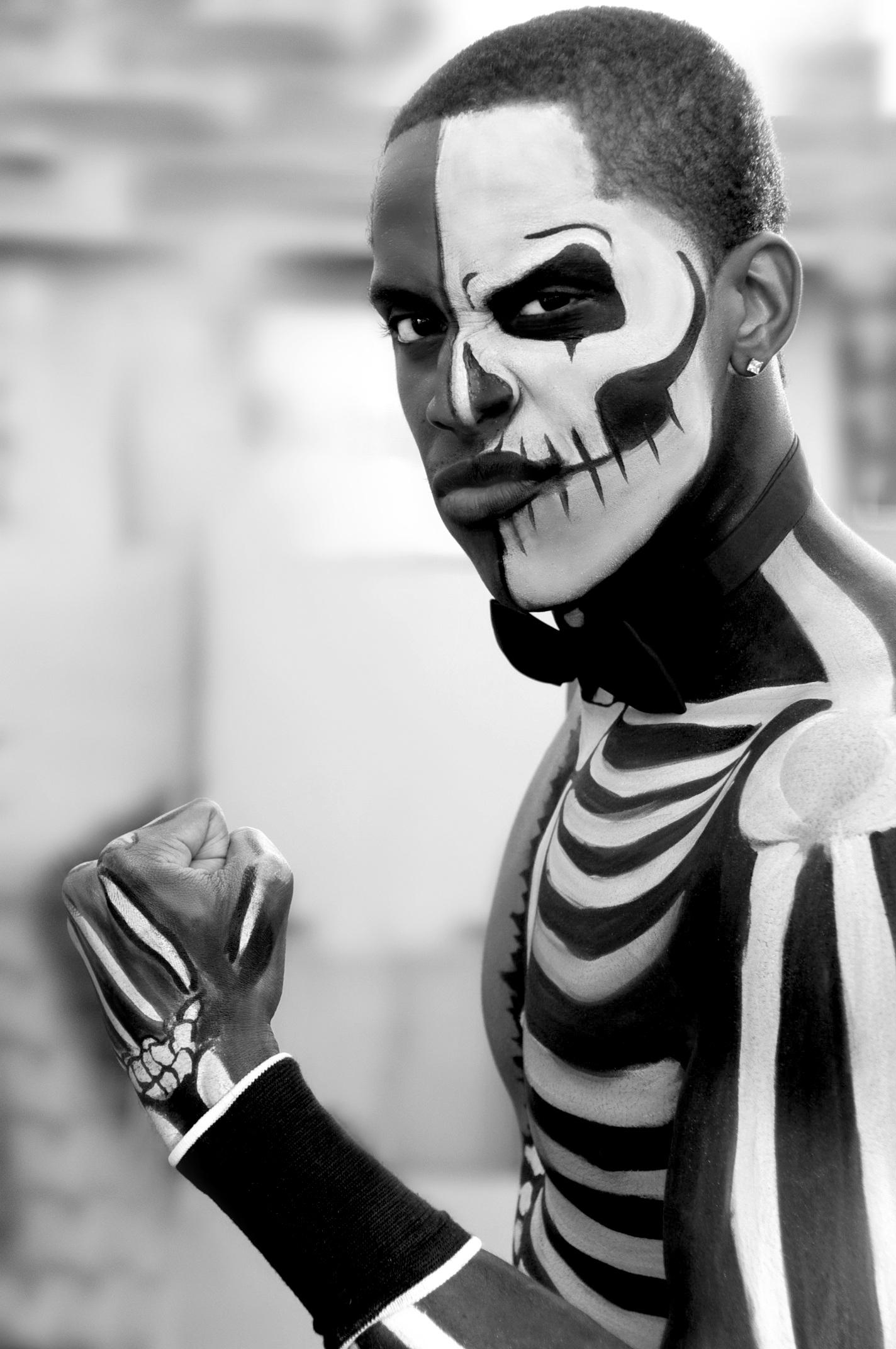 Fotoğraf Siyah Ve Beyaz Cadılar Bayramı Tek Renkli Korkutucu