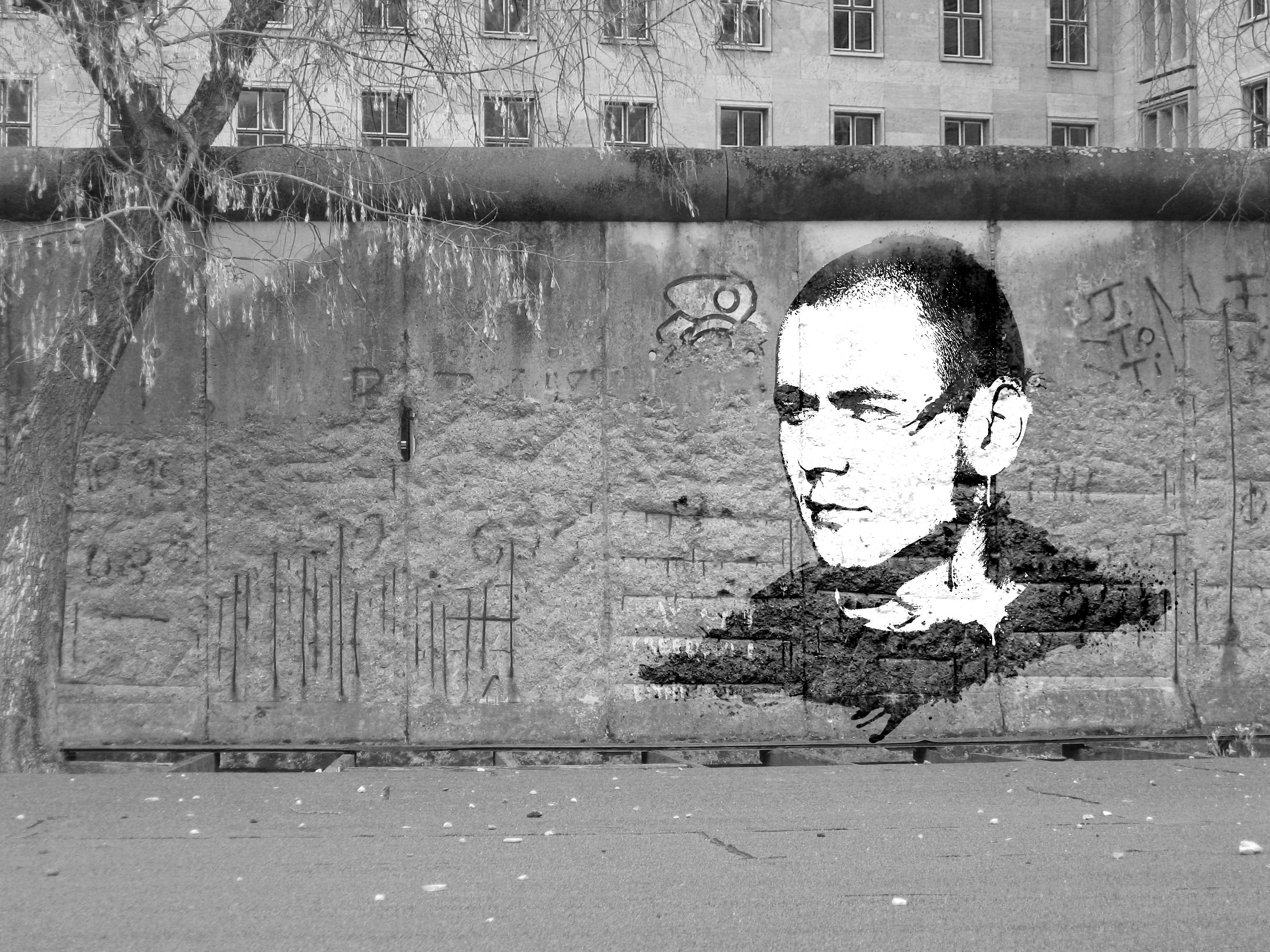 hình ảnh : đen và trắng, đường phố, nhiếp ảnh, Xịt nước, Đơn sắc, Graffiti, đối mặt, nghệ thuật, Phác hoạ, Bản vẽ, sáng tạo, ảnh chụp, Photoshop, Sơn, ...