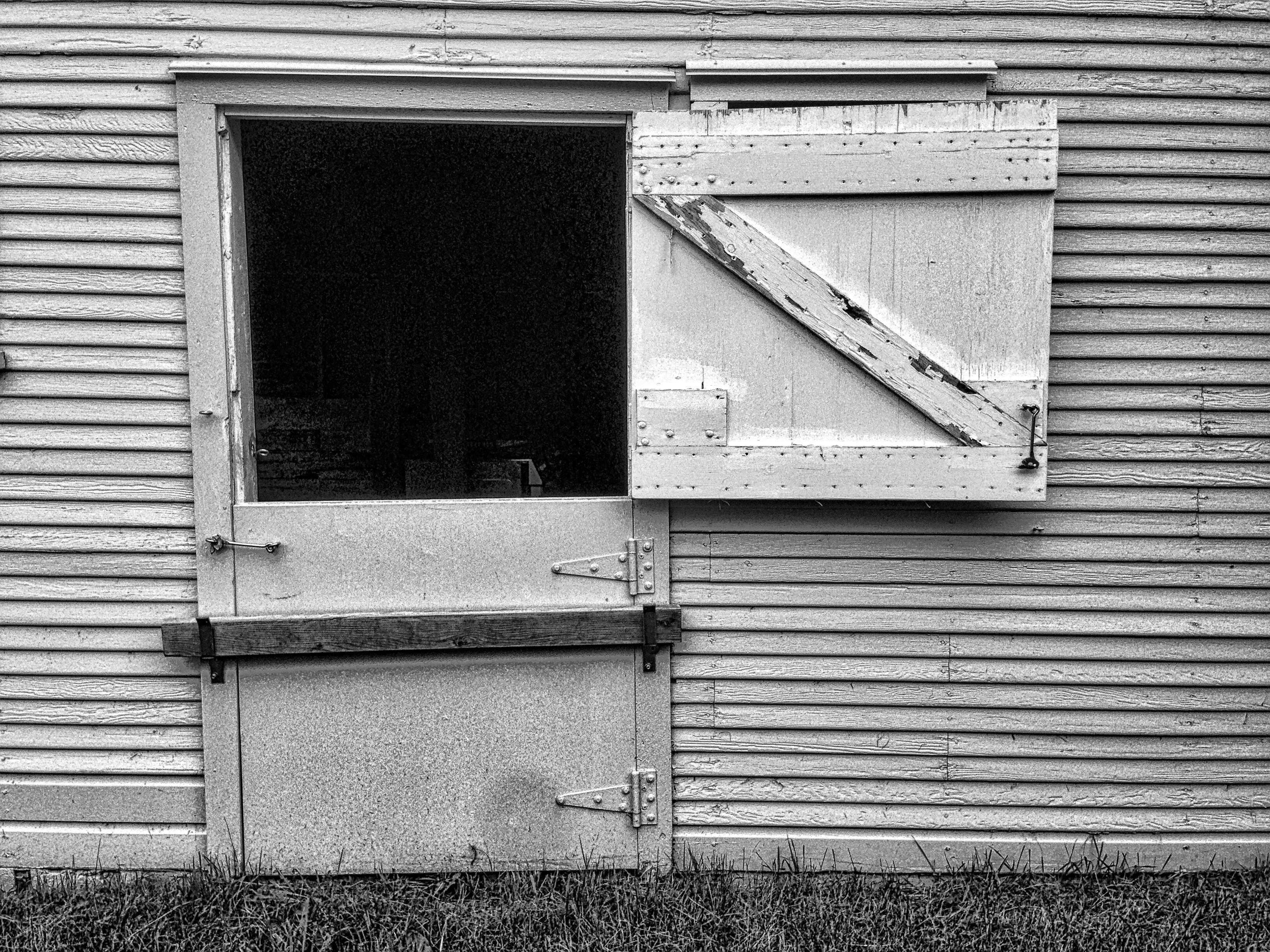 Fotos gratis : en blanco y negro, madera, casa, granero, pared ...