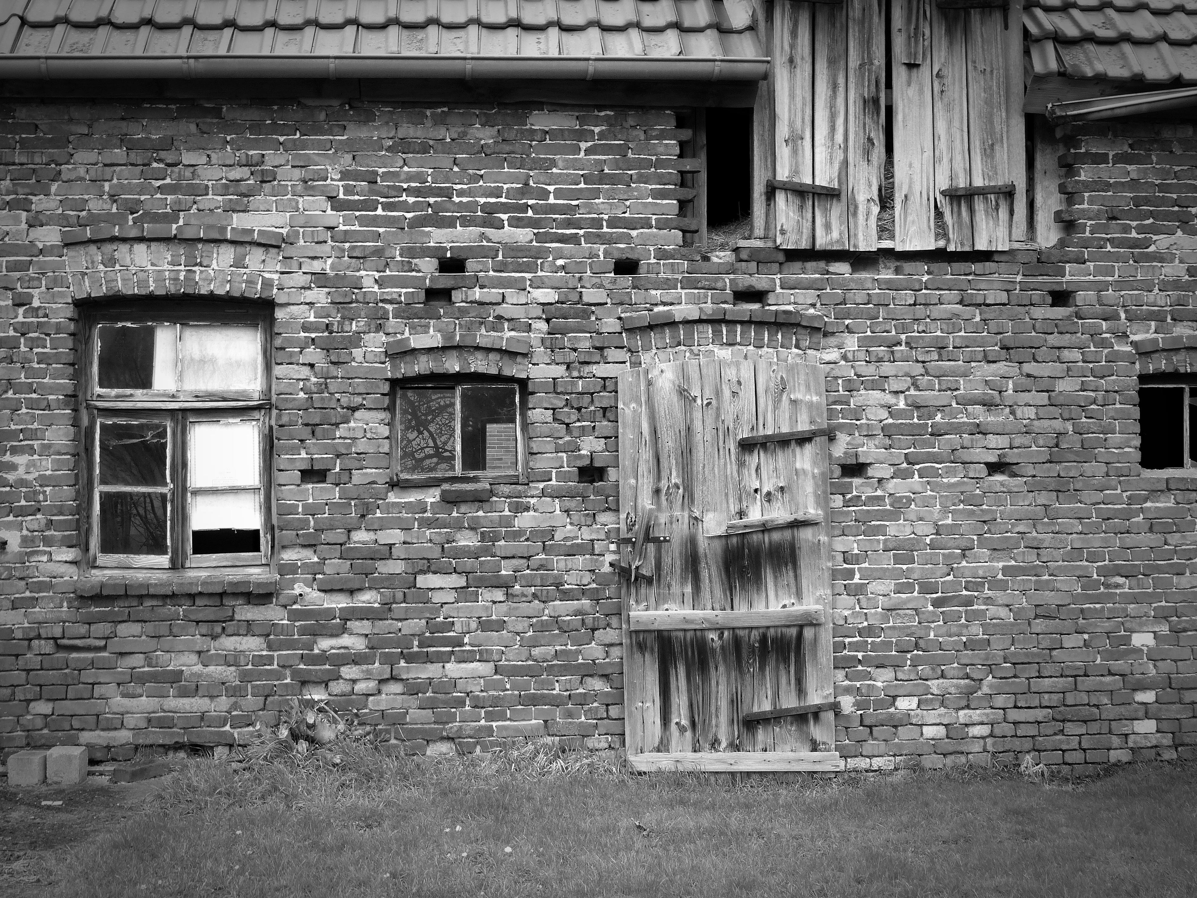 Fotos gratis : en blanco y negro, madera, calle, casa, ventana ...