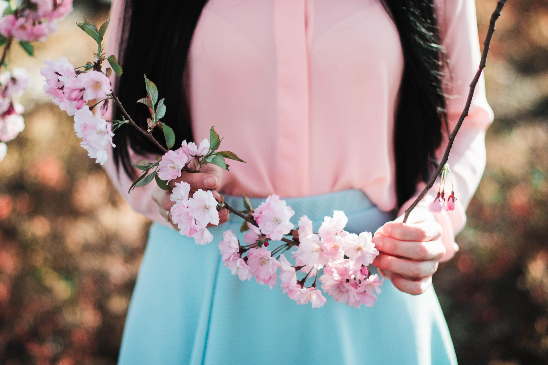 Fotos gratis : flor, mujer, fotografía, pétalo, florecer, primavera ...