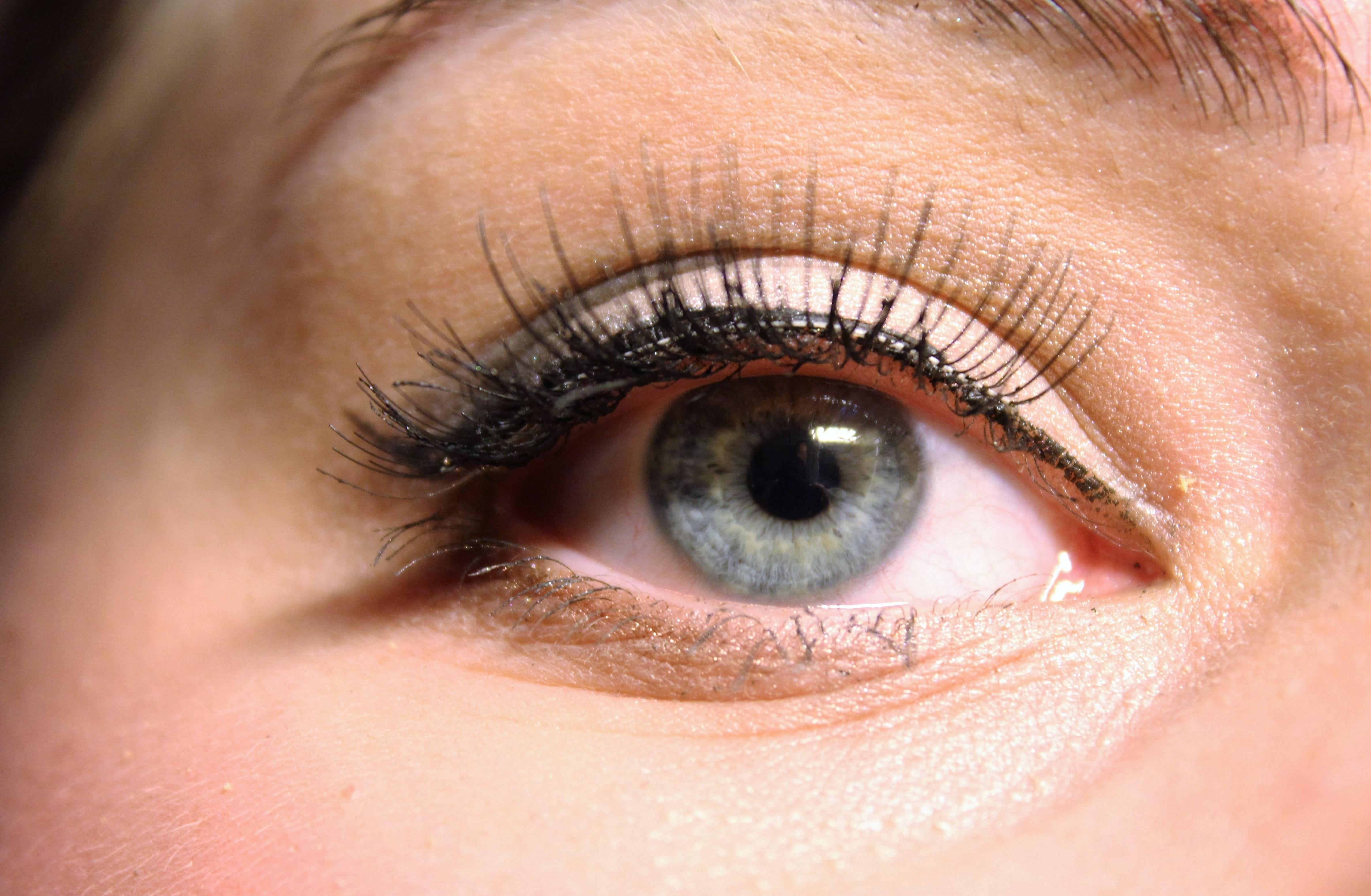 99f6536f491 blue makeup eyebrow mouth eyelash close up human body face nose cheek eye  head organ cosmetics