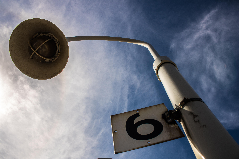 Número de poste de luz