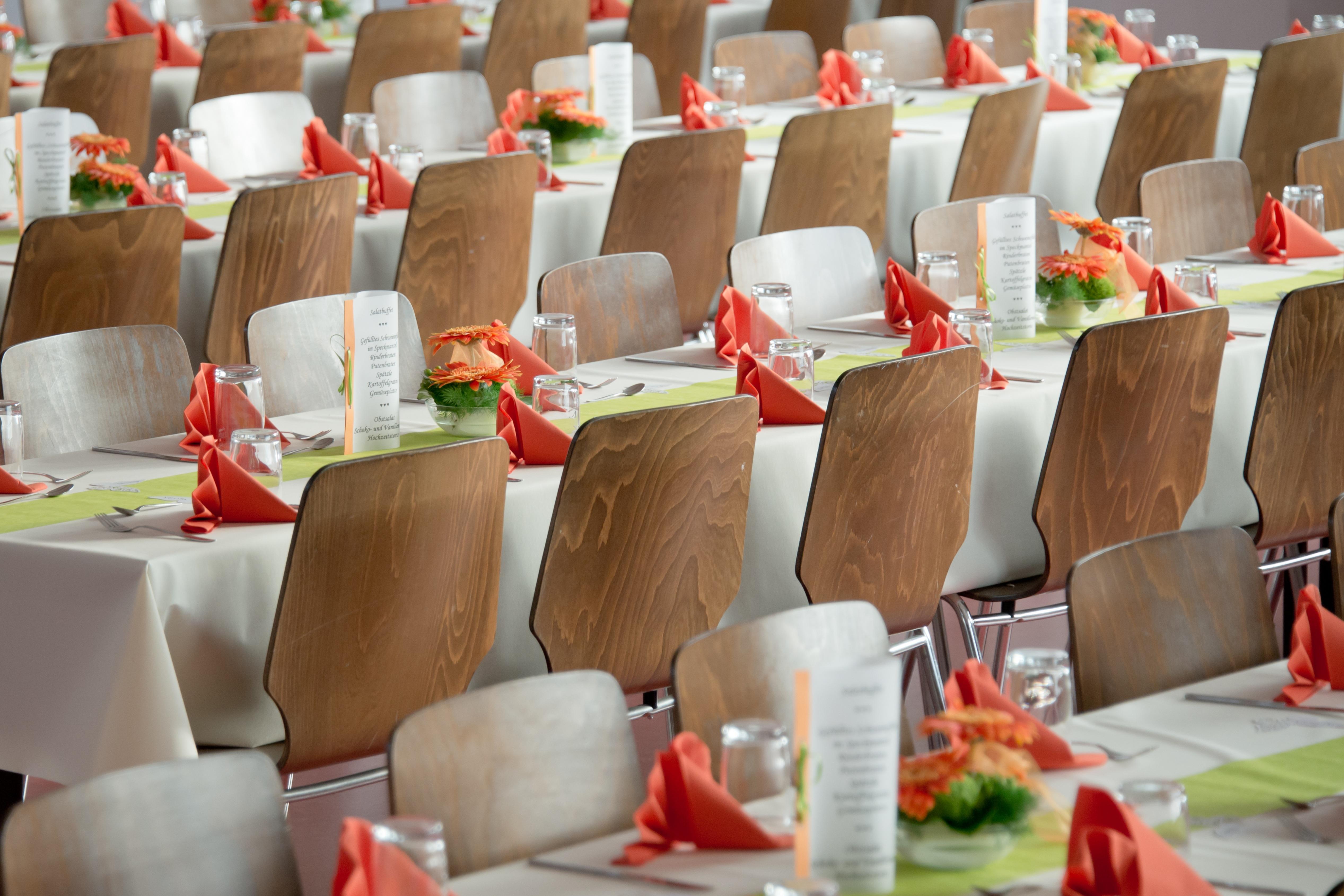 Merveilleux Planche Restaurant Fête Repas Salle Mariage Manger Le Déjeuner Déco Chaises  Société Fête Banquet Couverture Brunch