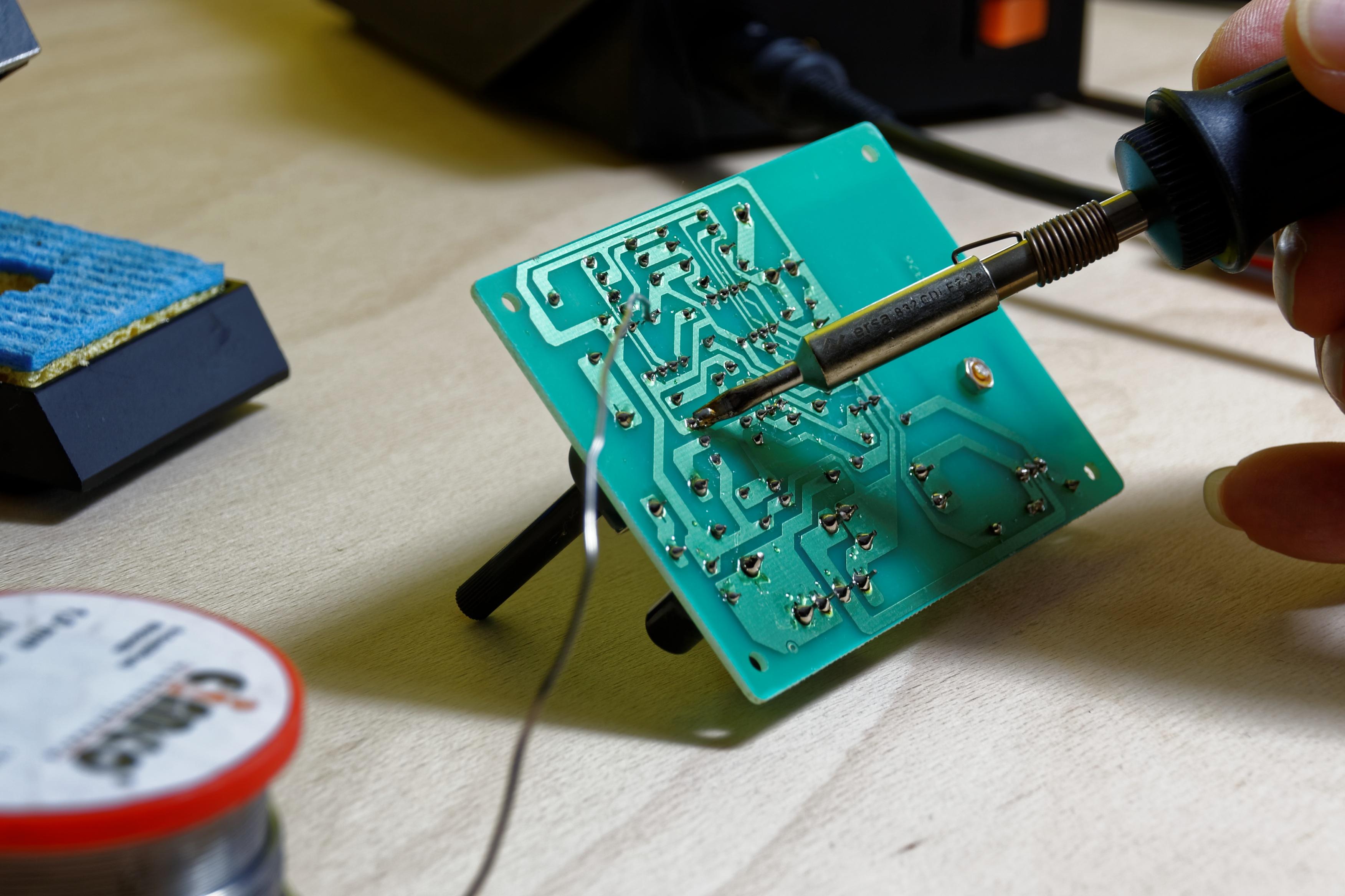 Kostenlose foto : Tafel, Technologie, Grün, Gadget, blau, Spielzeug ...