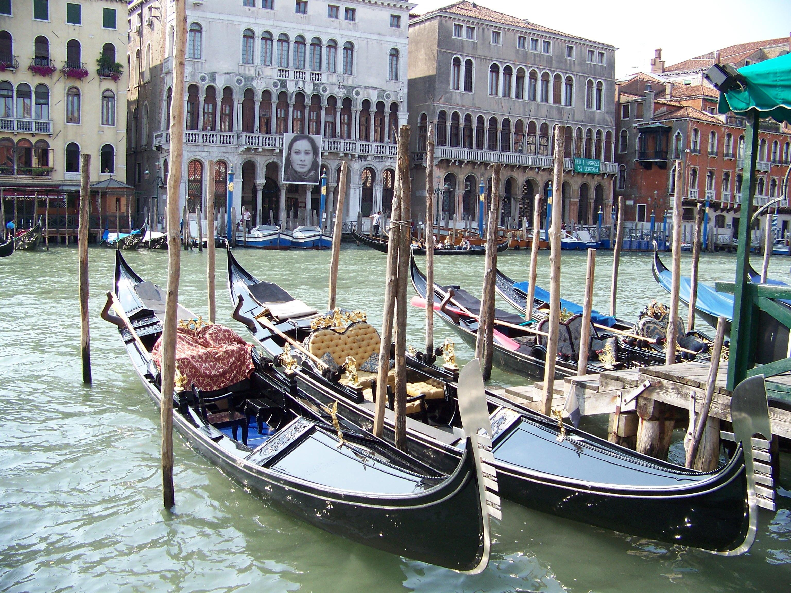 фотографии, фото венецианской гондолы угрей