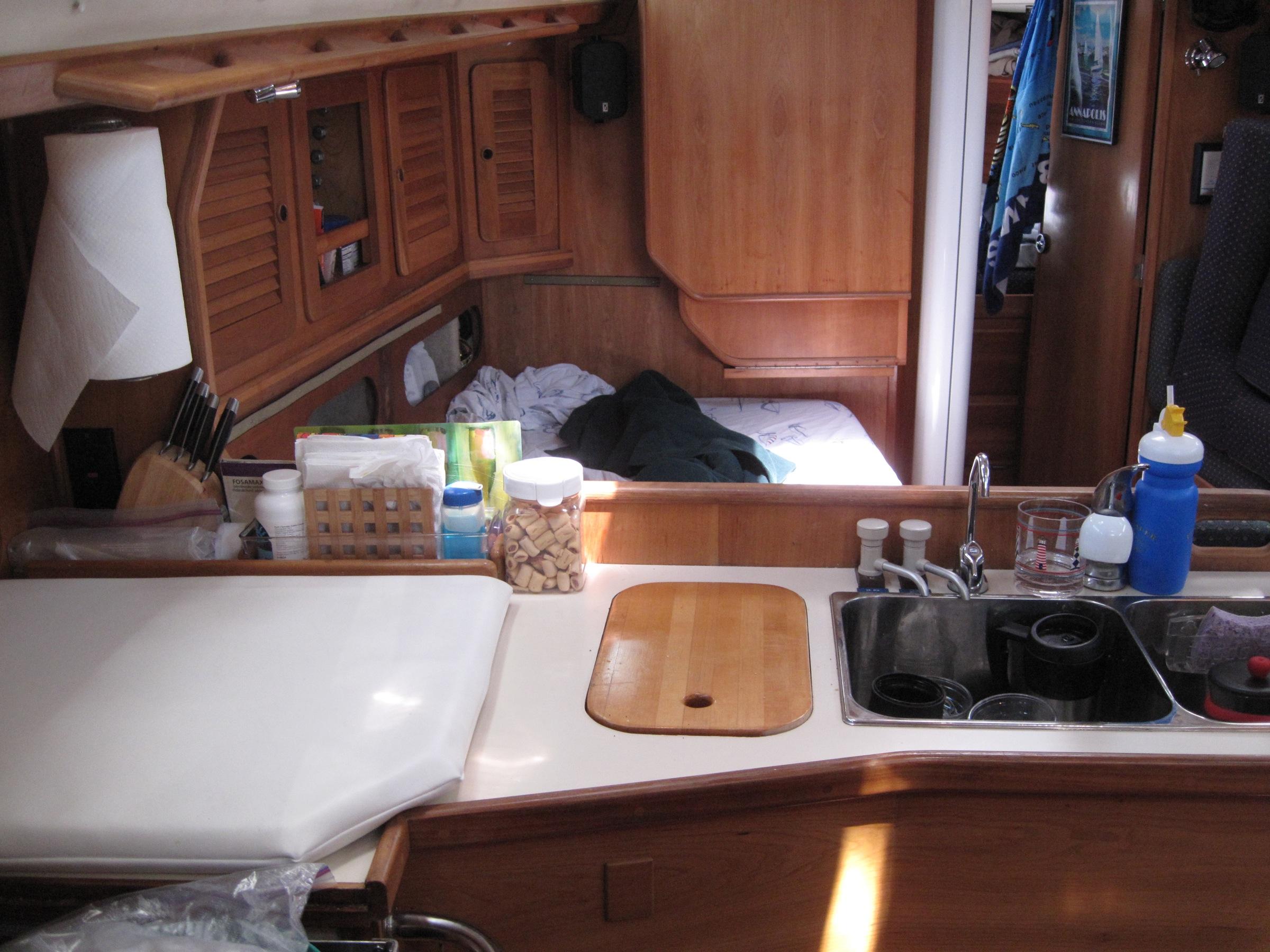 Boot Zuhause Fahrzeug Yacht Küche Zimmer Innenarchitektur Kunst Bahamas