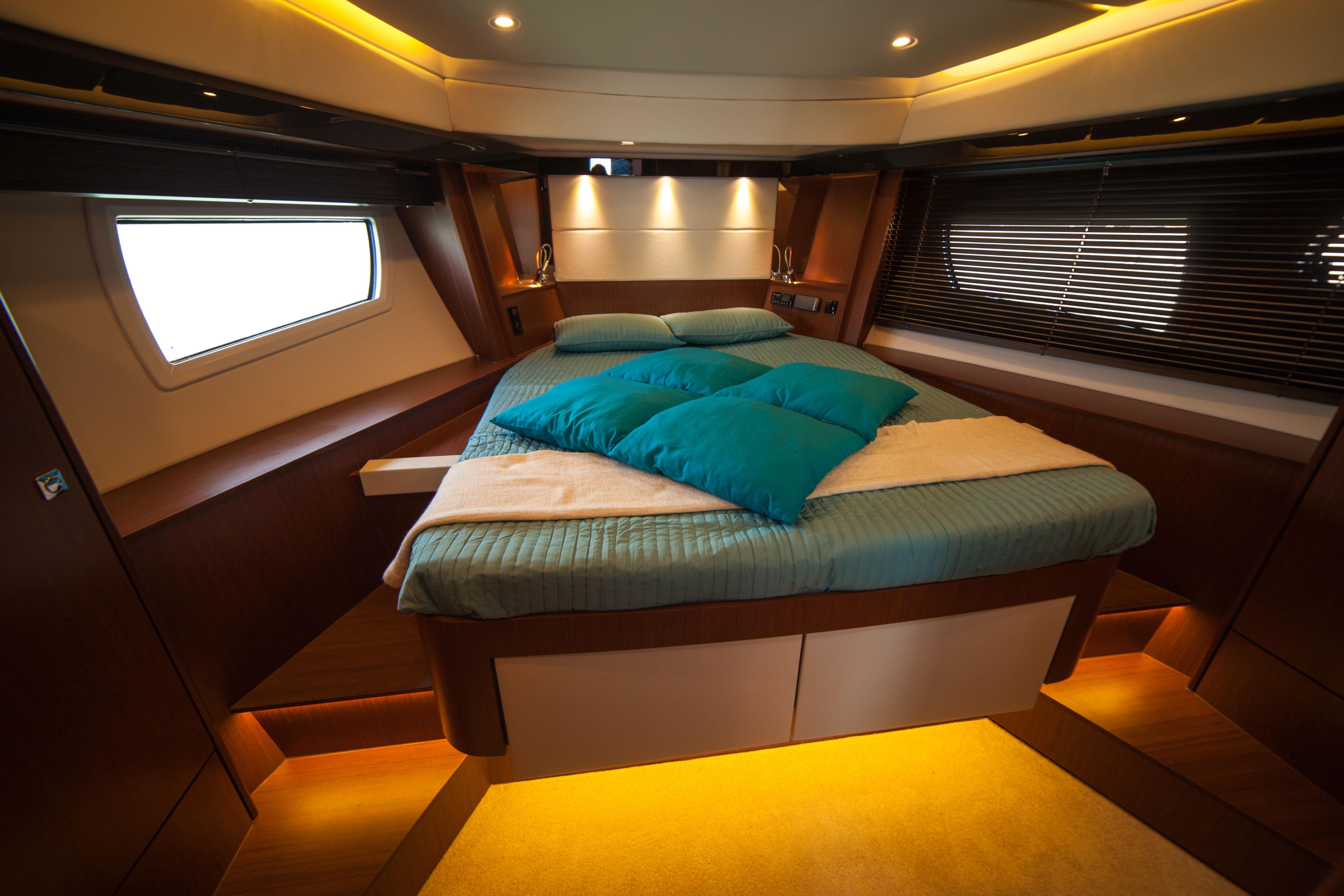 fotos gratis barco interior enviar veh culo cabina habitaci n cama embarcaciones buque. Black Bedroom Furniture Sets. Home Design Ideas