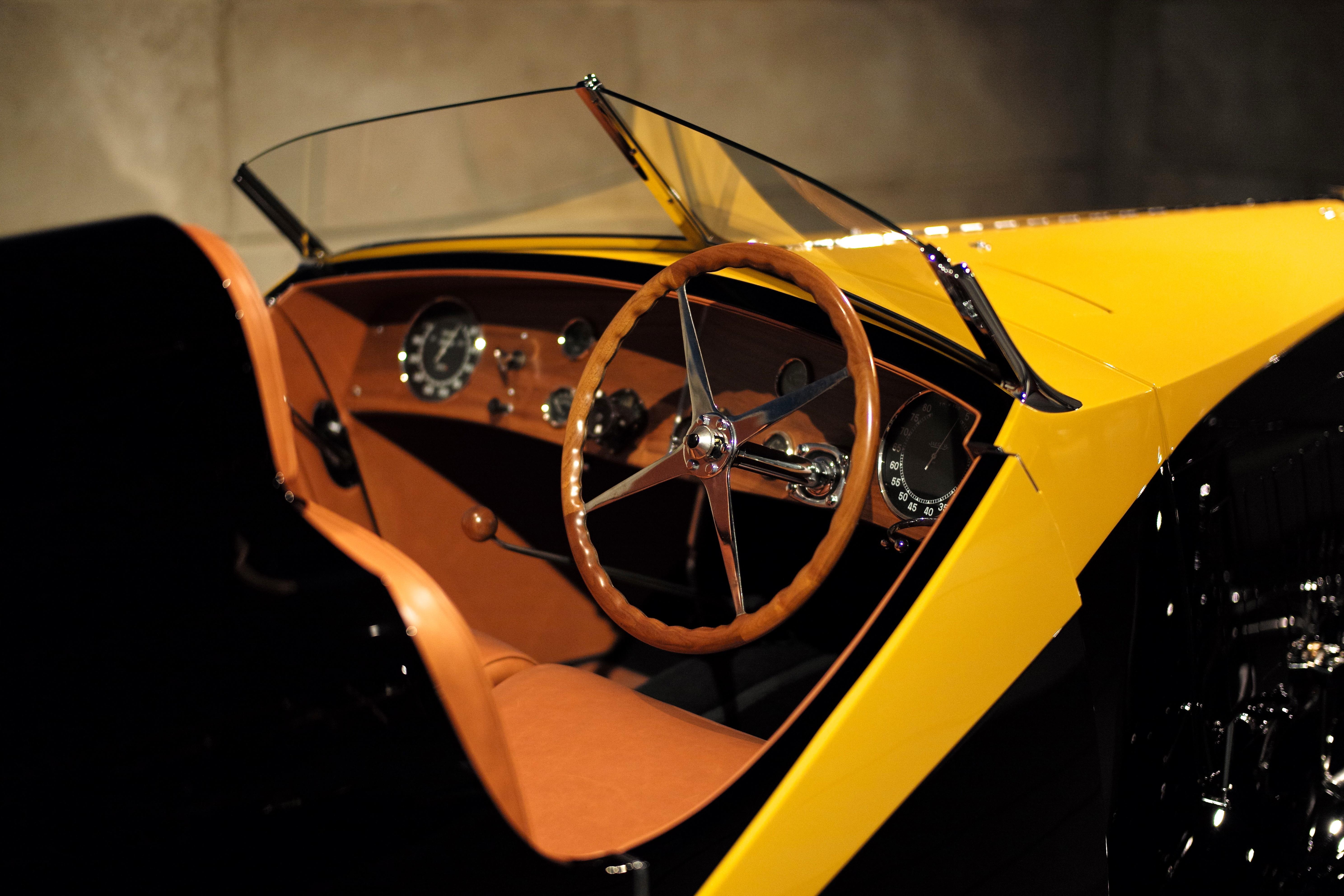 gratis afbeeldingen bokeh hout leer wijnoogst wiel auto stoel interieur europa voertuig museum verf zwart geel dashboard cockpit