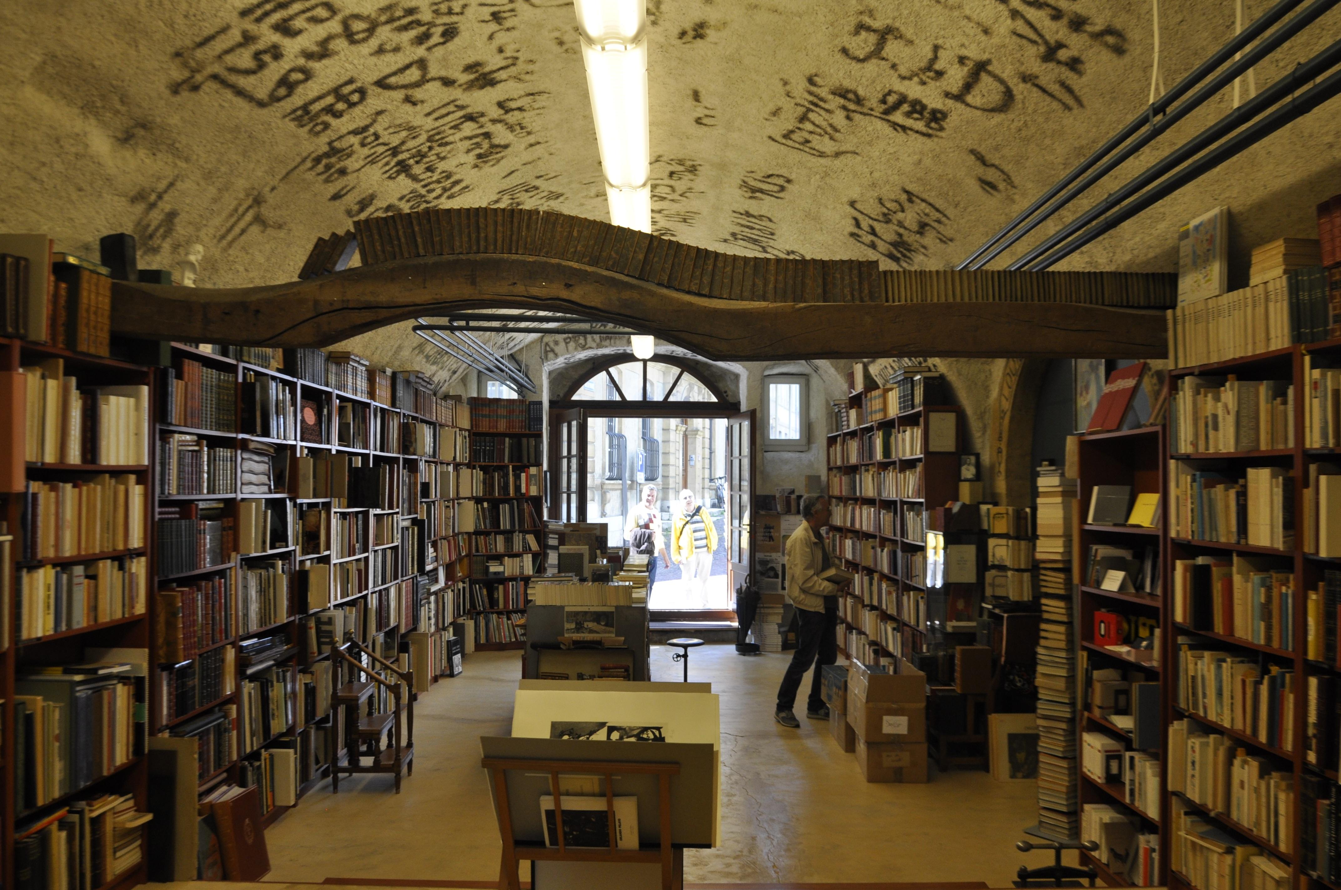 Innenarchitektur Bücher kostenlose foto buch gebäude alt lesen innenarchitektur