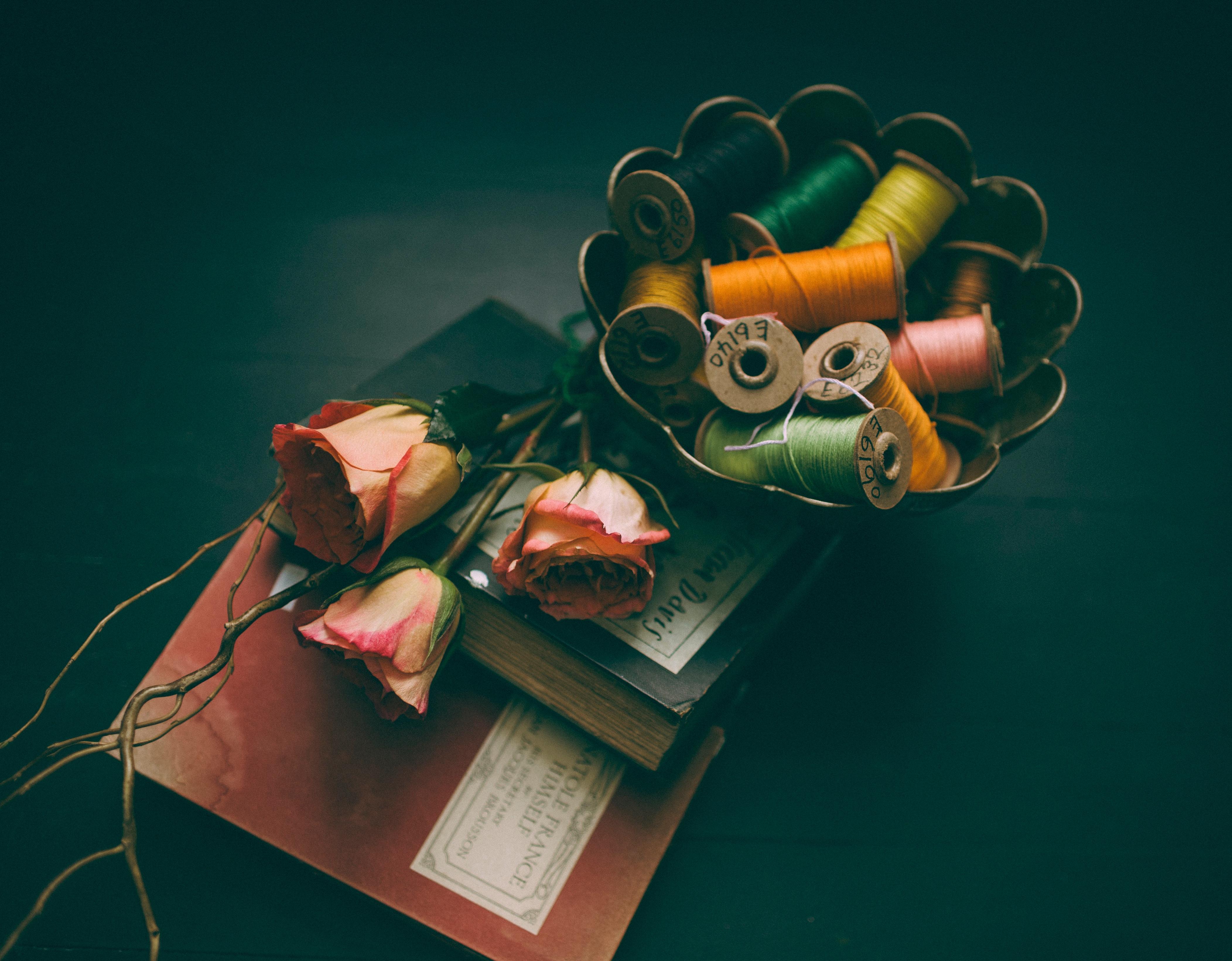 Gambar Book Bunga Mawar Hijau Kumparan Benang Seni