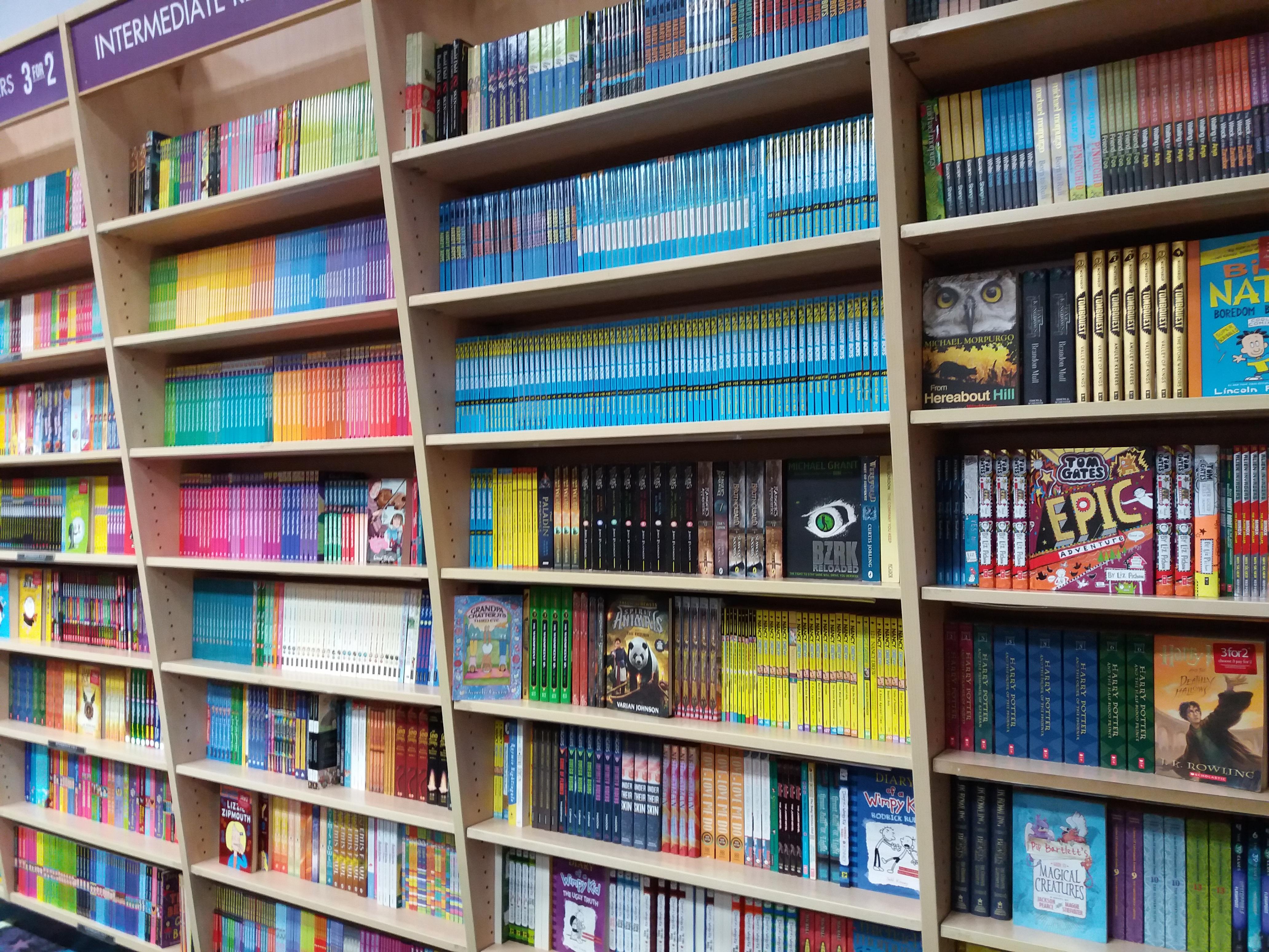 Scaffalature Per Biblioteca.Immagini Belle Scaffalature Libreria Mensola