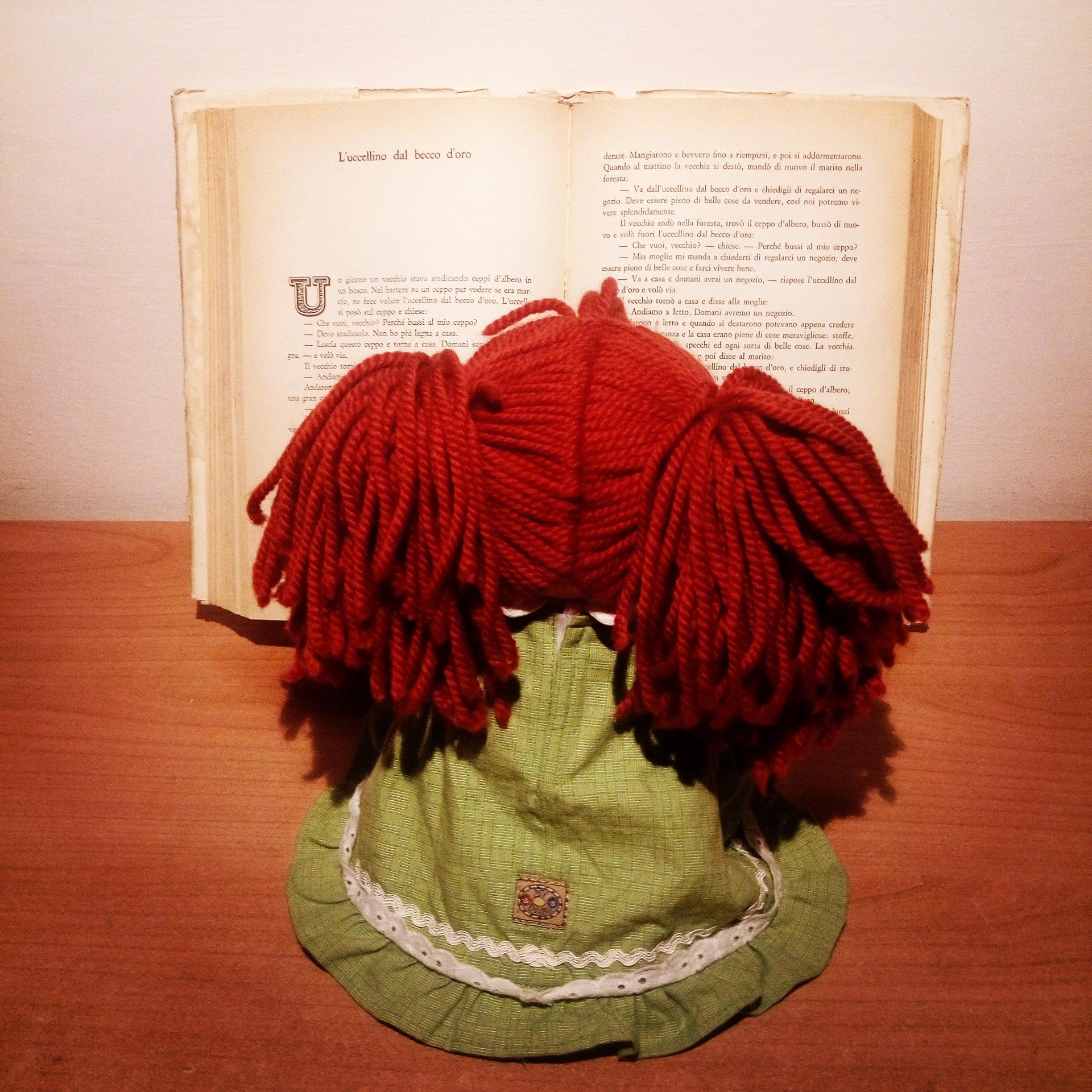 Fotos gratis : libro, leer, flor, patrón, color, ropa, rosado ...