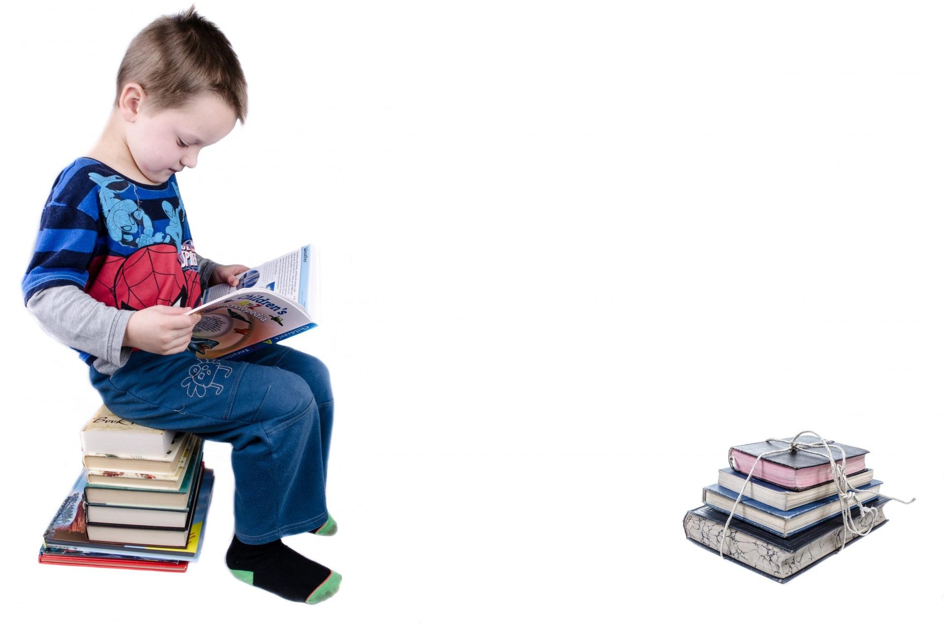 Gambar Book Baca Baca Orang Orang Orang Putih Bermain