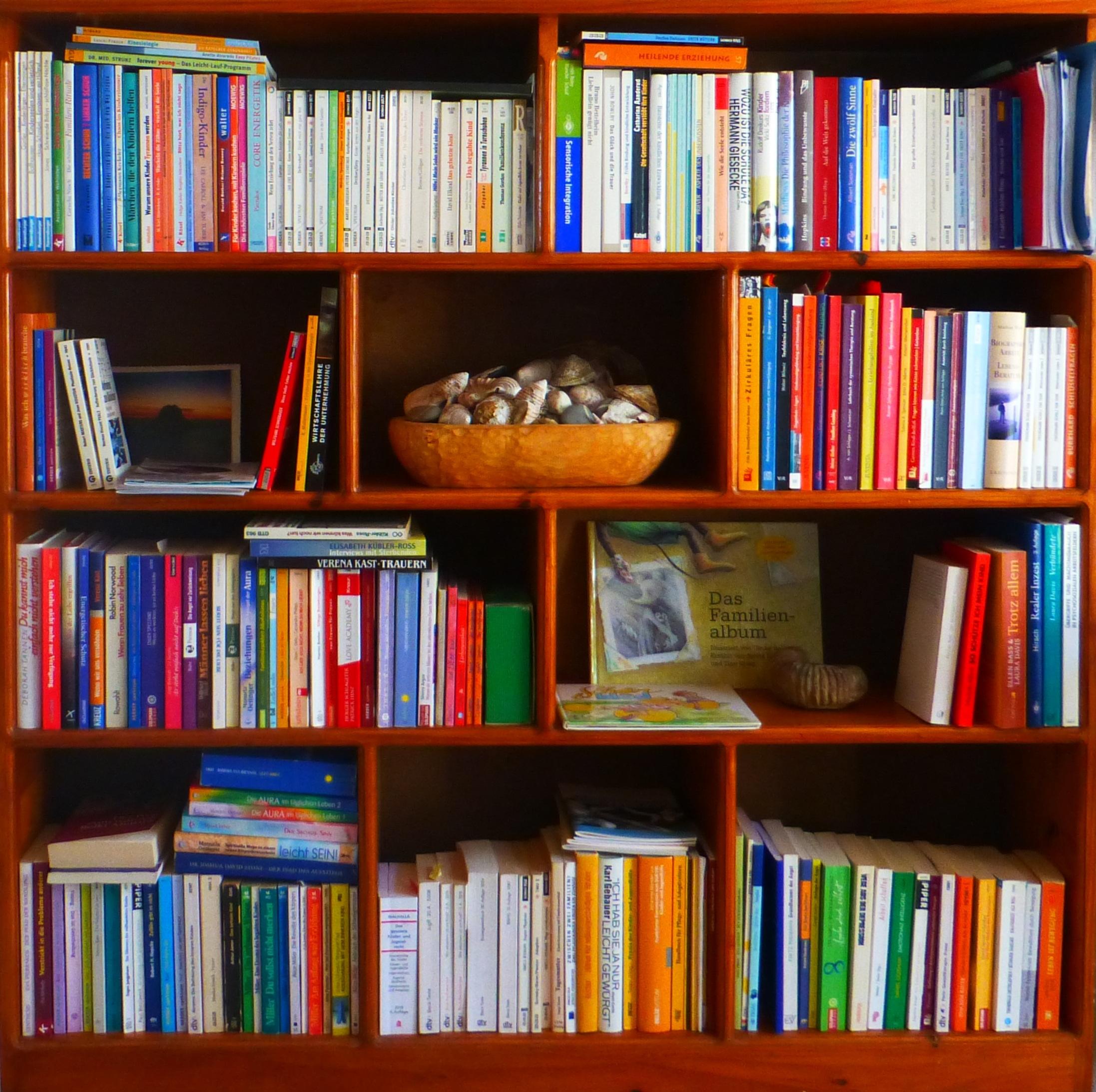 Boekenplank Met Boeken.Gratis Afbeeldingen Boek Lezen Plank Beroep Meubilair Kamer