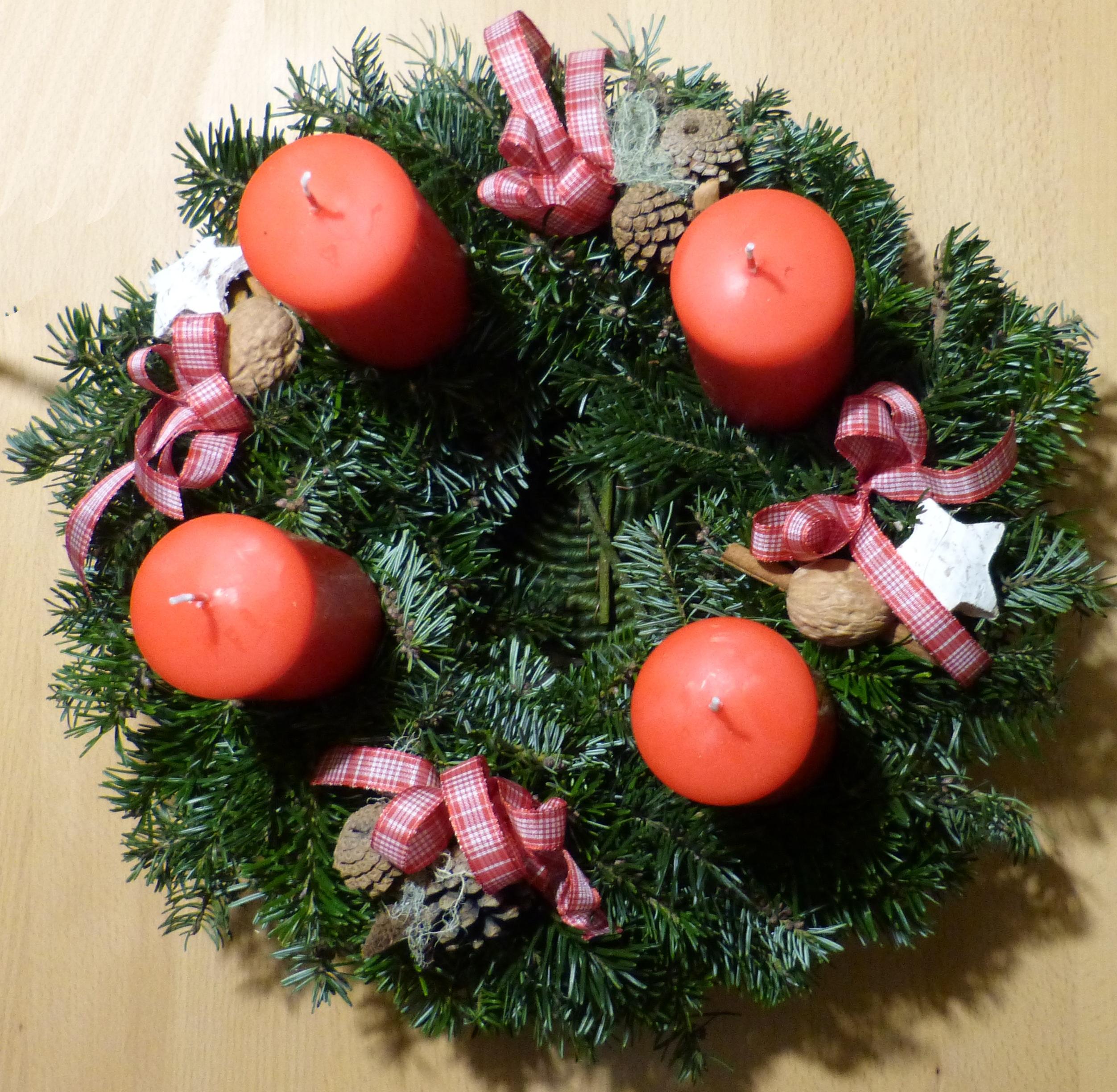 Adventskranz Bilder Kostenlos kostenlose foto ast dekoration gemütlich weihnachten tanne