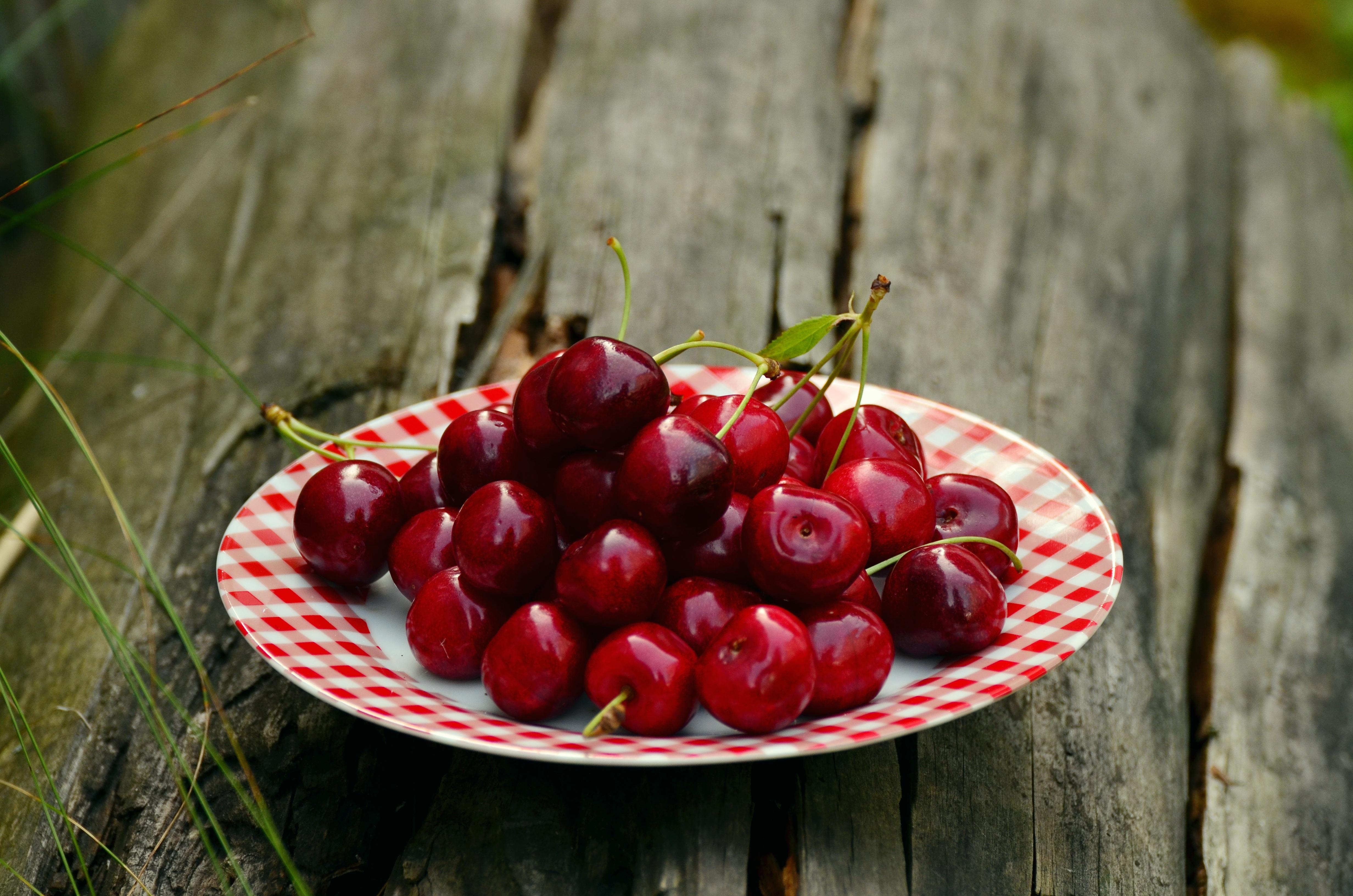 Картинки вишня фрукты