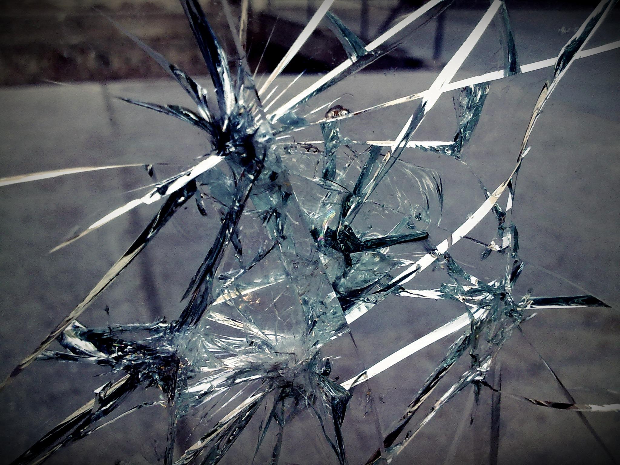 branch winter light photography texture glass ice reflection broken close up break broken glass cracks dangerous macro photography thorns spines and prickles piedrazo 1142681