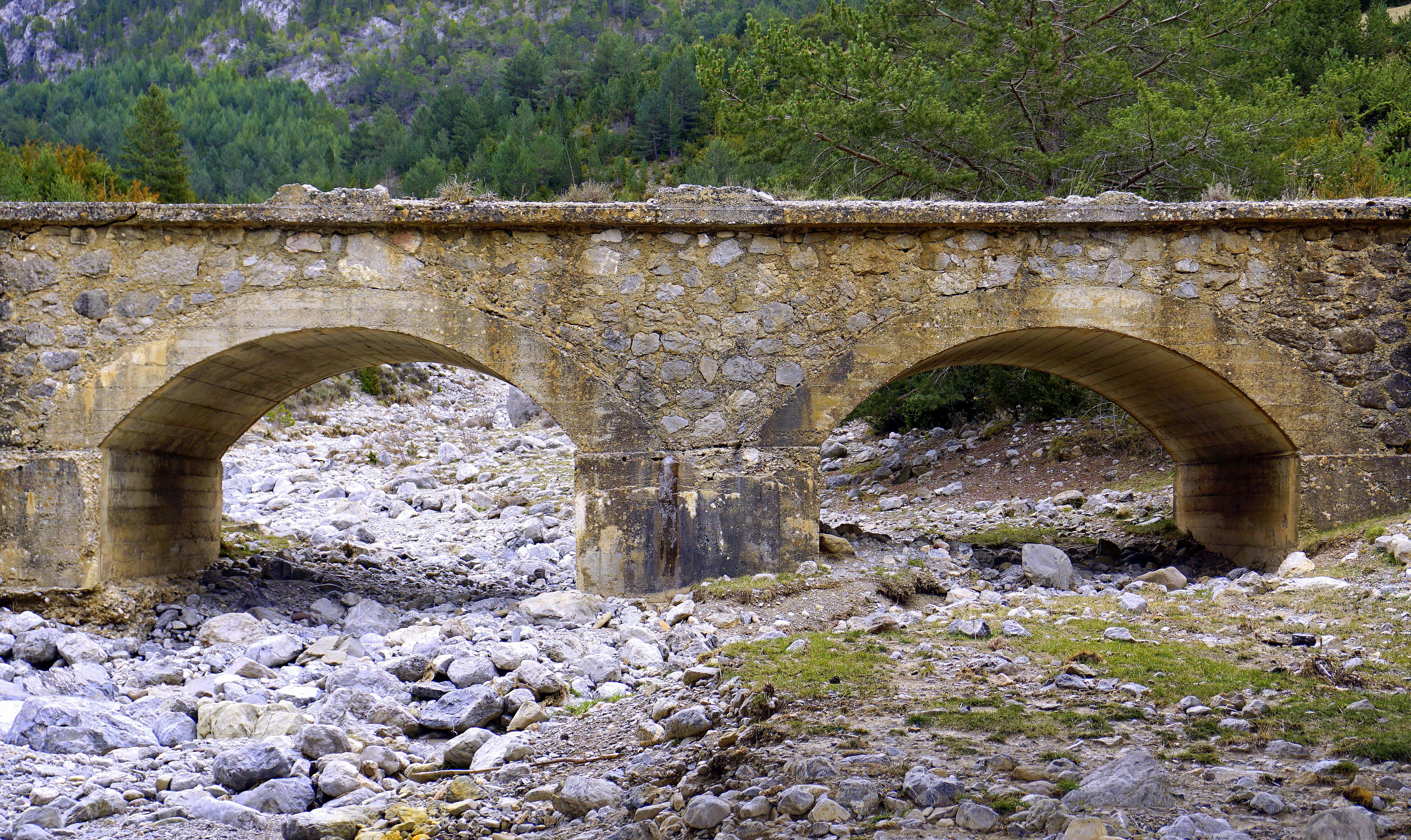 Free Images River Bed Erosion Rocks Stones Ruins