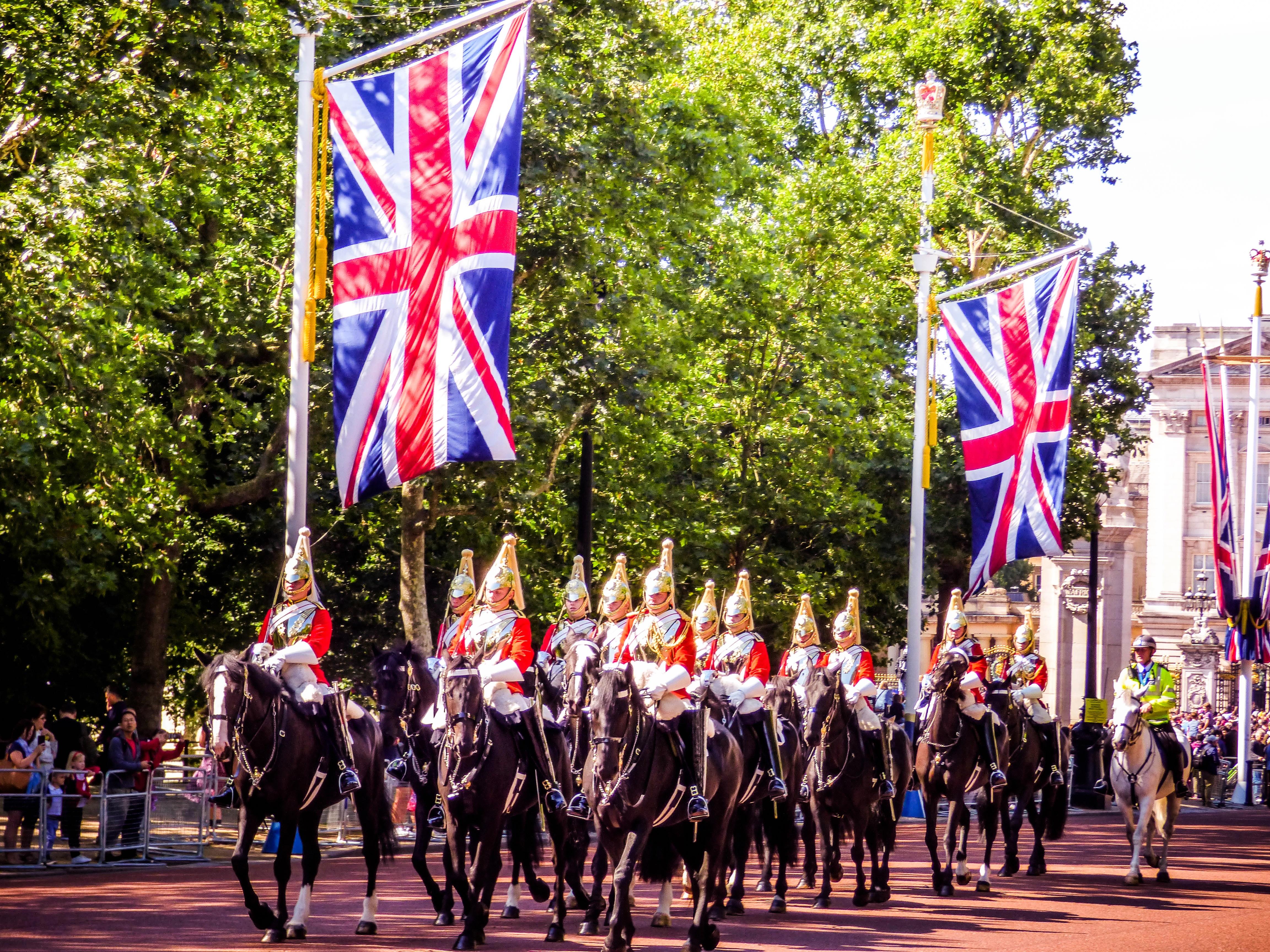 Free Images : british, cavalry, ceremonial, ceremony, city, crowd, democracy, england, english ...